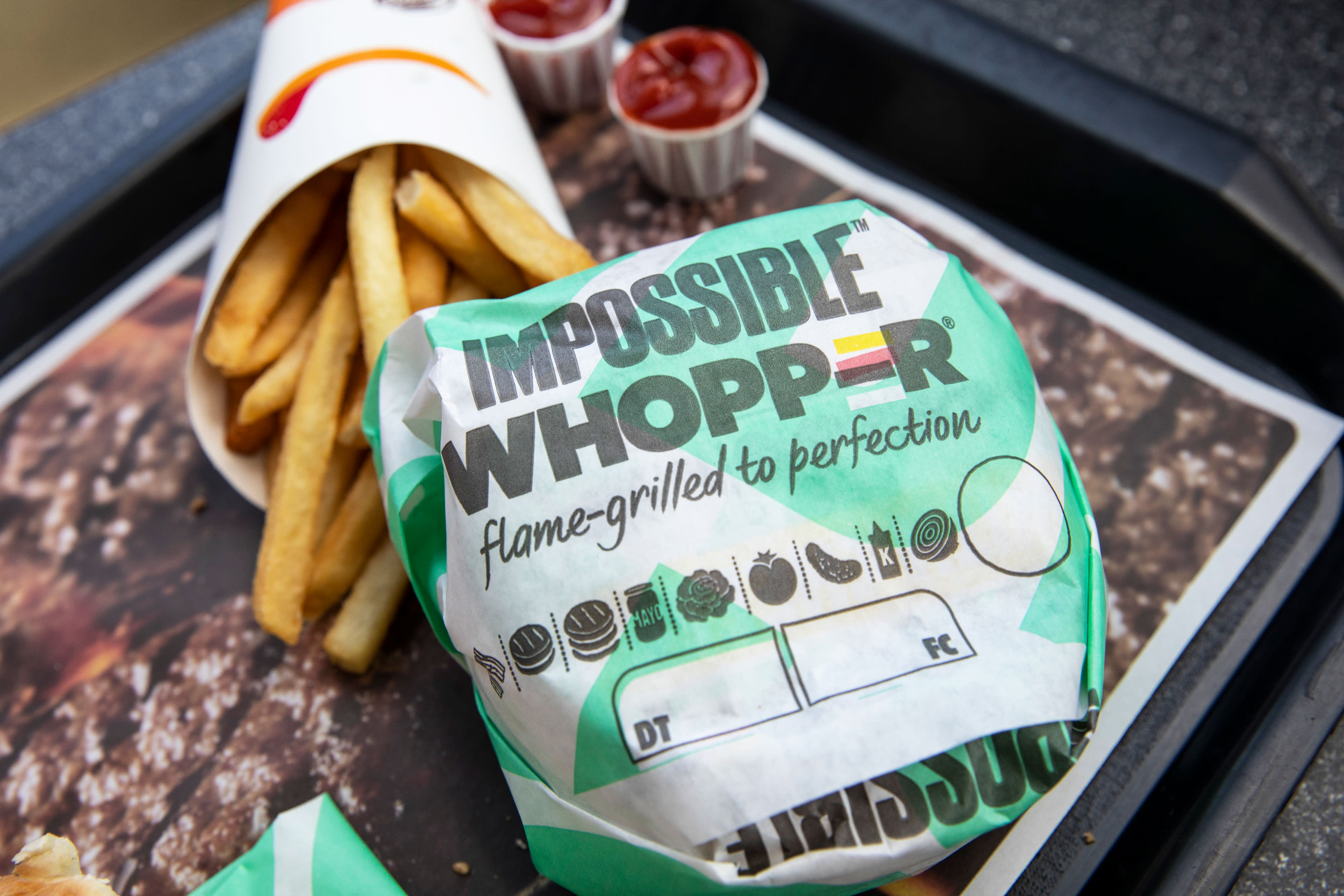 Beyond Meat uses climate change to market fake meat substitutes. Scientists are cautious