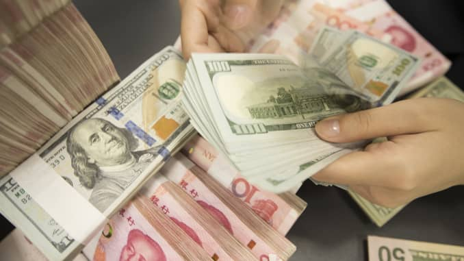 GP: Chinese Currency Exchange Rate Fell Beyond 7 190826