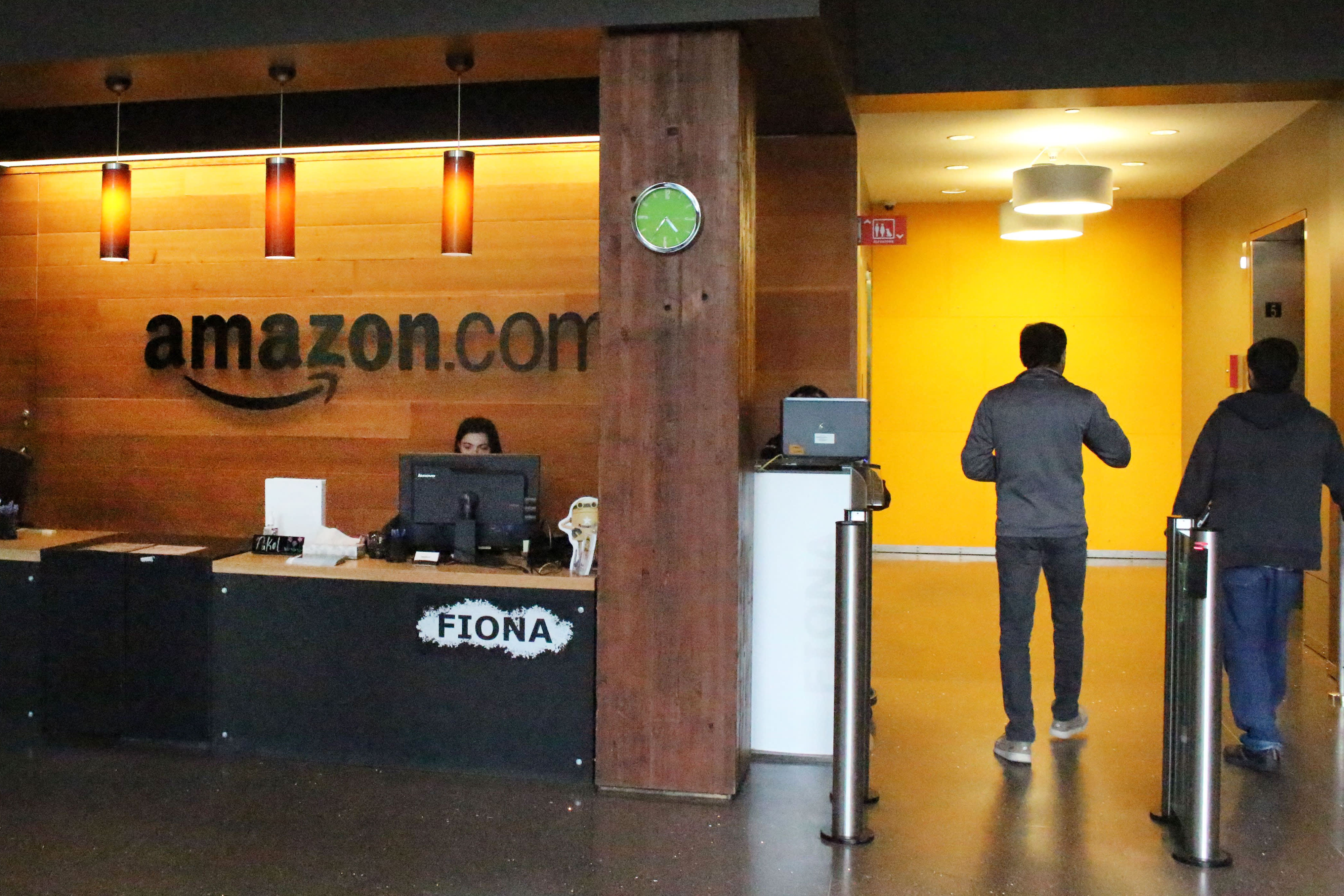 Amazon's top treasurer leaves the company after 15 years of managing its money
