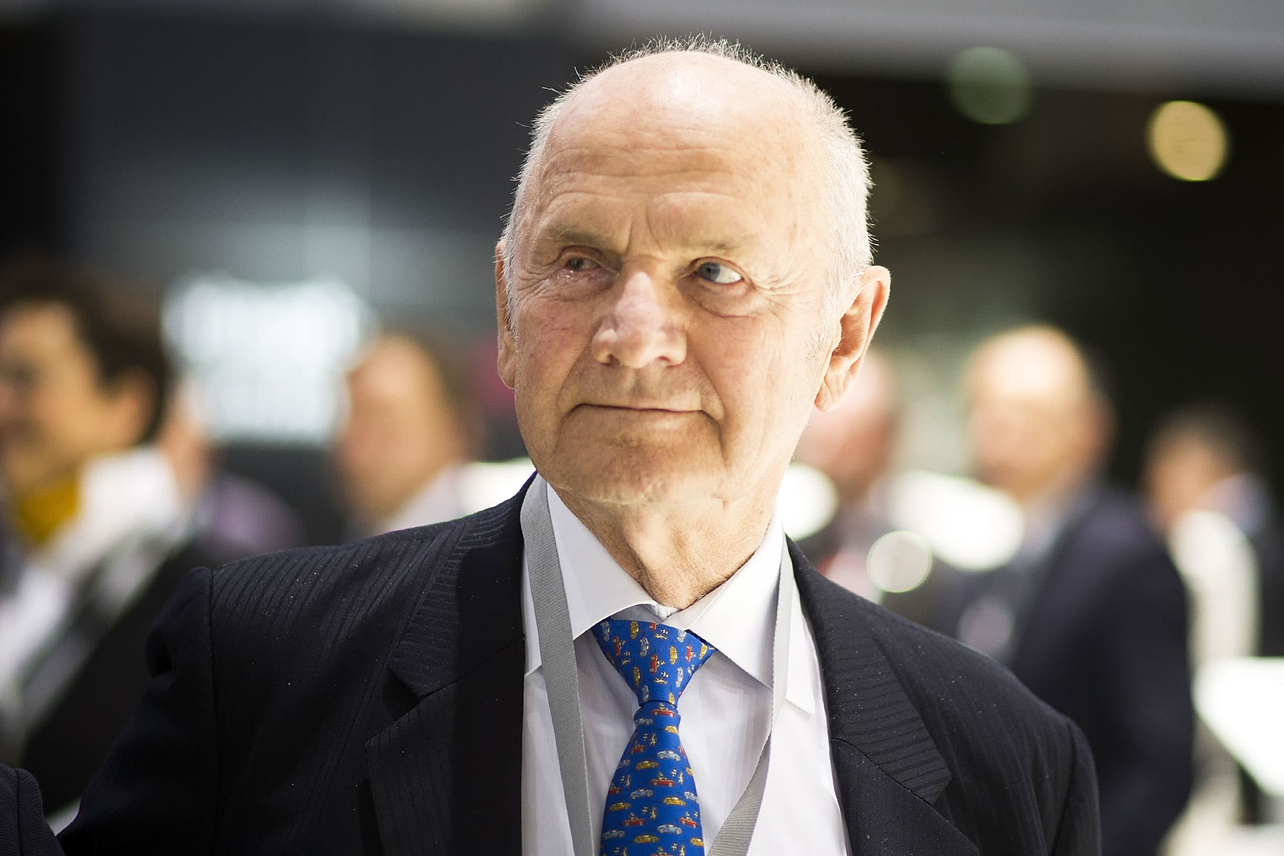 Volkswagen emissions scandal stains legacy of former CEO Ferdinand Piech, dead at 82
