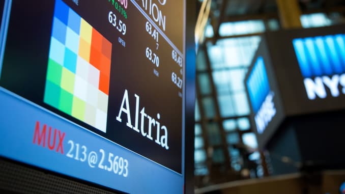GP: Altria signage at NYSE 160520