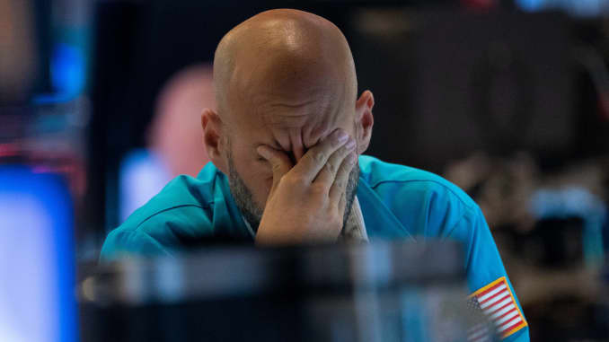 GP: NYSE trader down market Dow plunge US-STOCKS-MARKETS-CLOSE