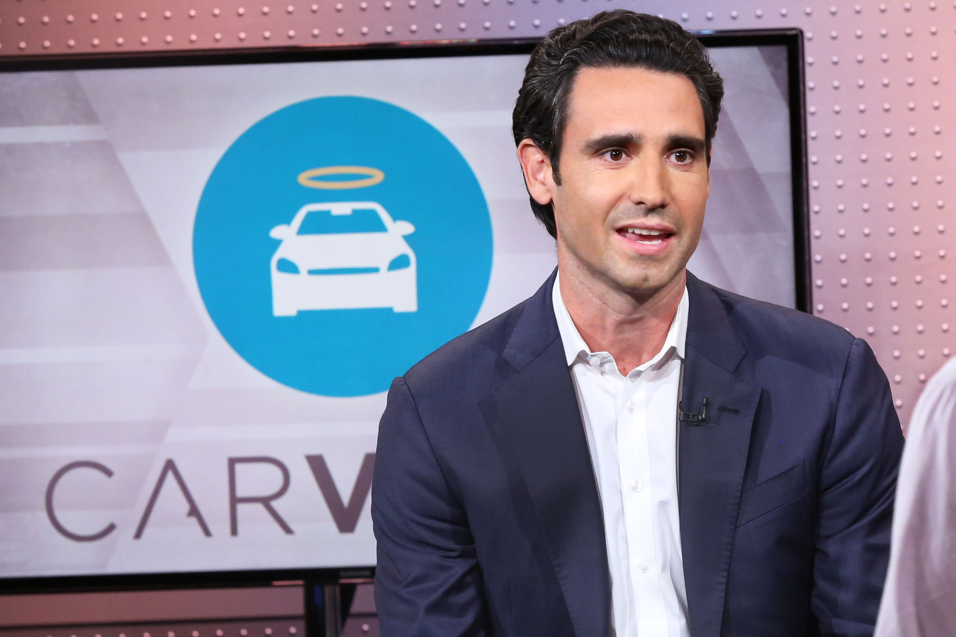Carvana shares surge 30% after company projects record quarter