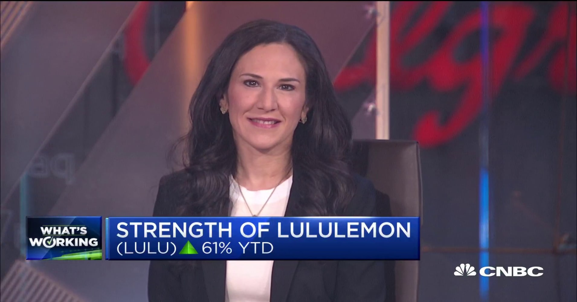 An analyst explains what LuLuLemon is doing differently than other retailers