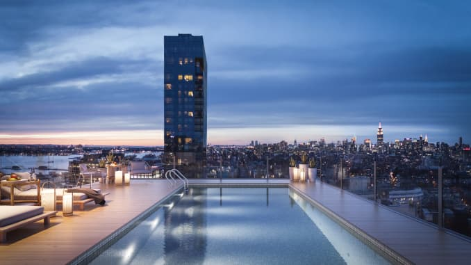 H/O: Travis Kalanick penthouse pool