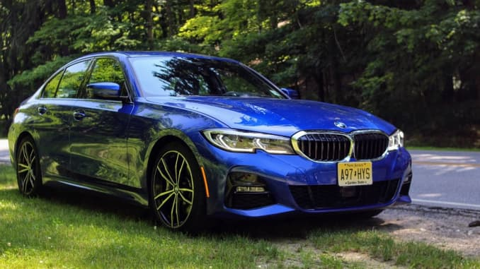 Review: 2019 BMW 330i is good enough among sports sedans