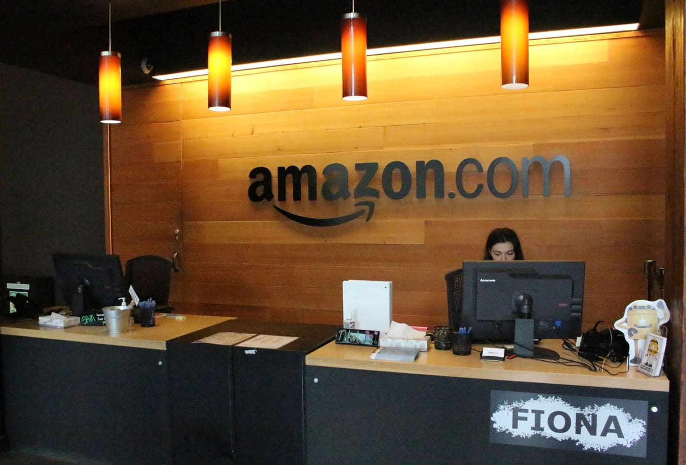 Amazon crosses 1,000 hires at its new Nashville office