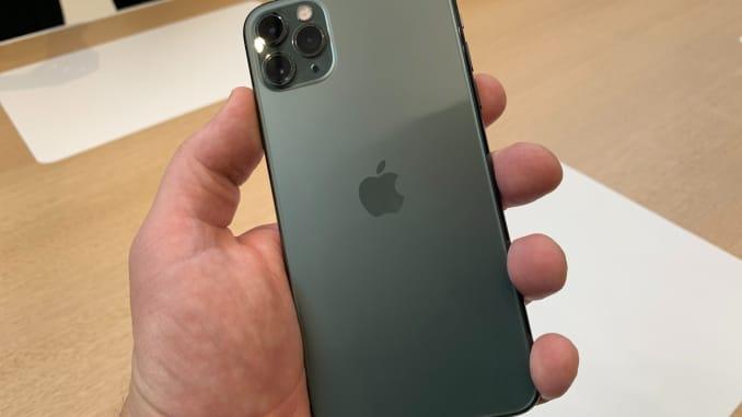 Iphone 11 midnight green