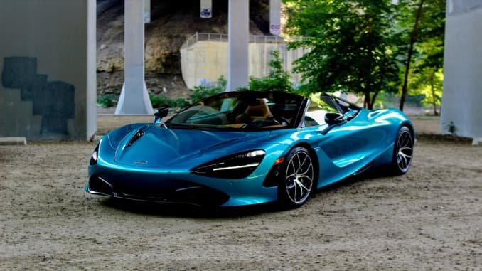 The 2019 Mclaren 720s Spider Is A 315 000 Supercar With