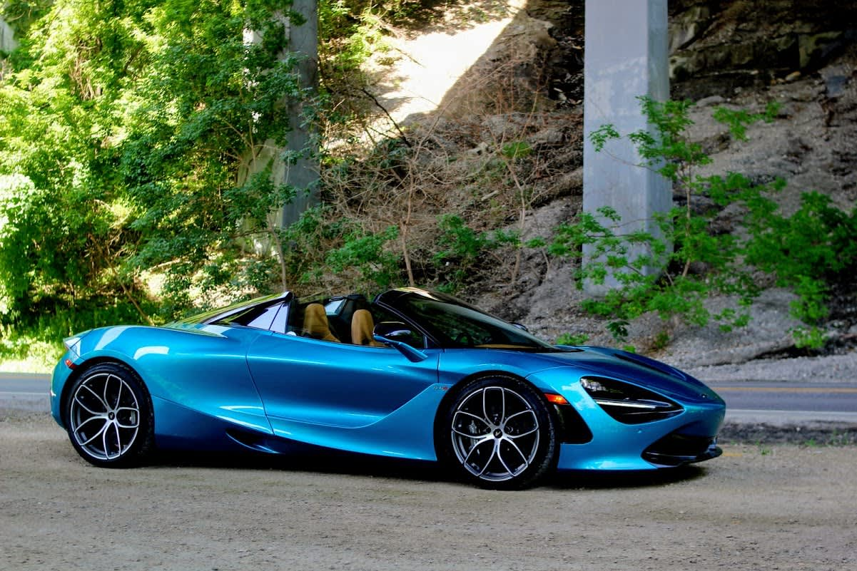 The 2019 McLaren 720S Spider is a $315,000 supercar with mind-bending performance