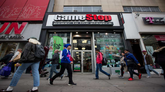 Gamestop Midnight Release List 2020.Gamestop Is Closing Up To 200 Stores And Could Close Even More