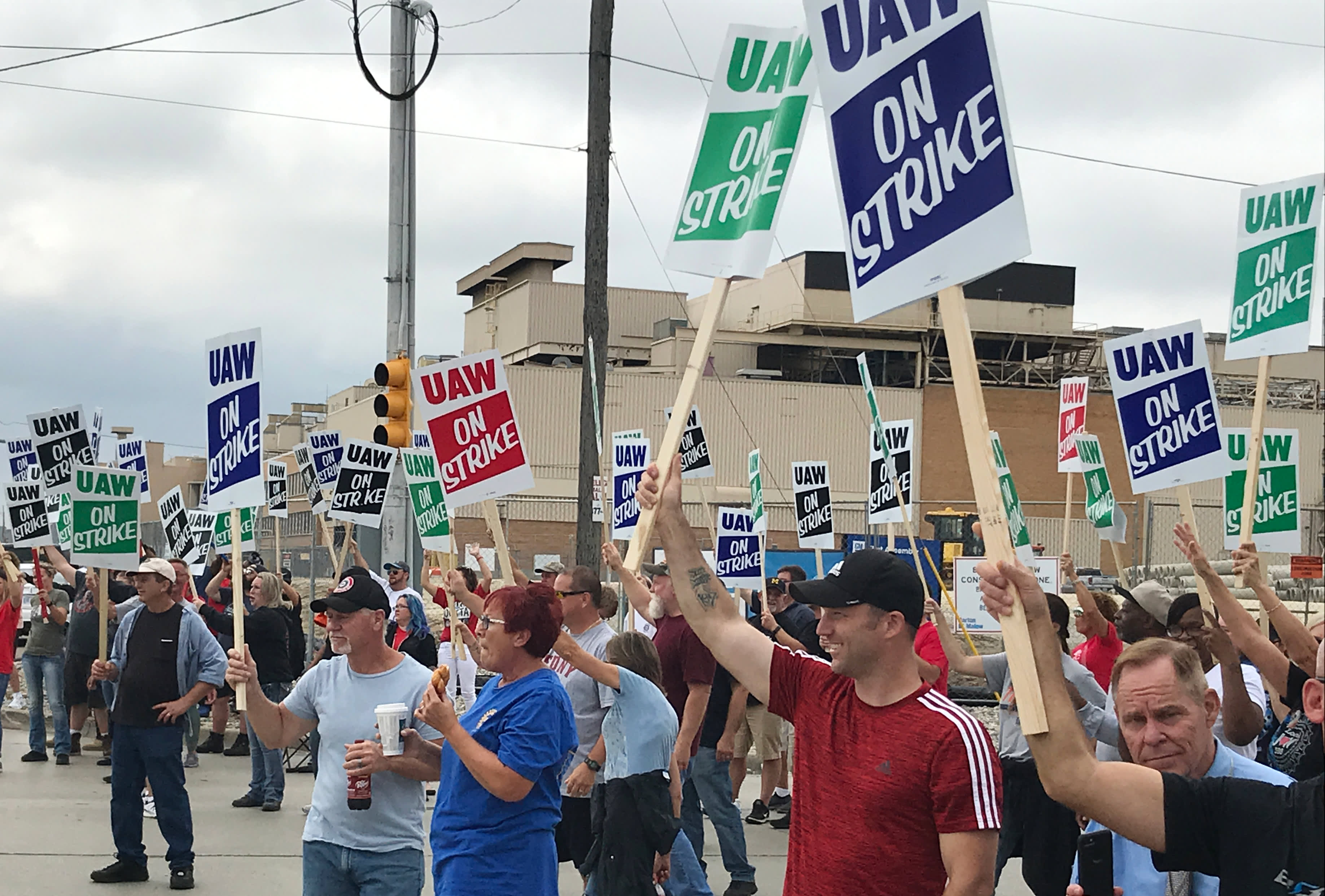 UAW strike cost GM about $3.8 billion for 2019, substantially higher than estimated