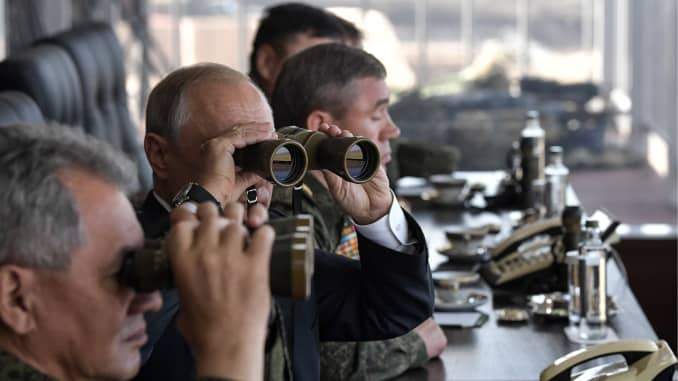 Premium: Russia's President Putin at Vostok 2018 military exercises in Transbaikal Territory 1