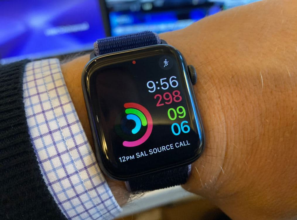 Private Medicare plan Devoted Health says it is the first to cover Apple Watch as a benefit