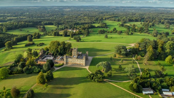 Downton Abbey Airbnb listing: Stay at Highclere Castle for $187