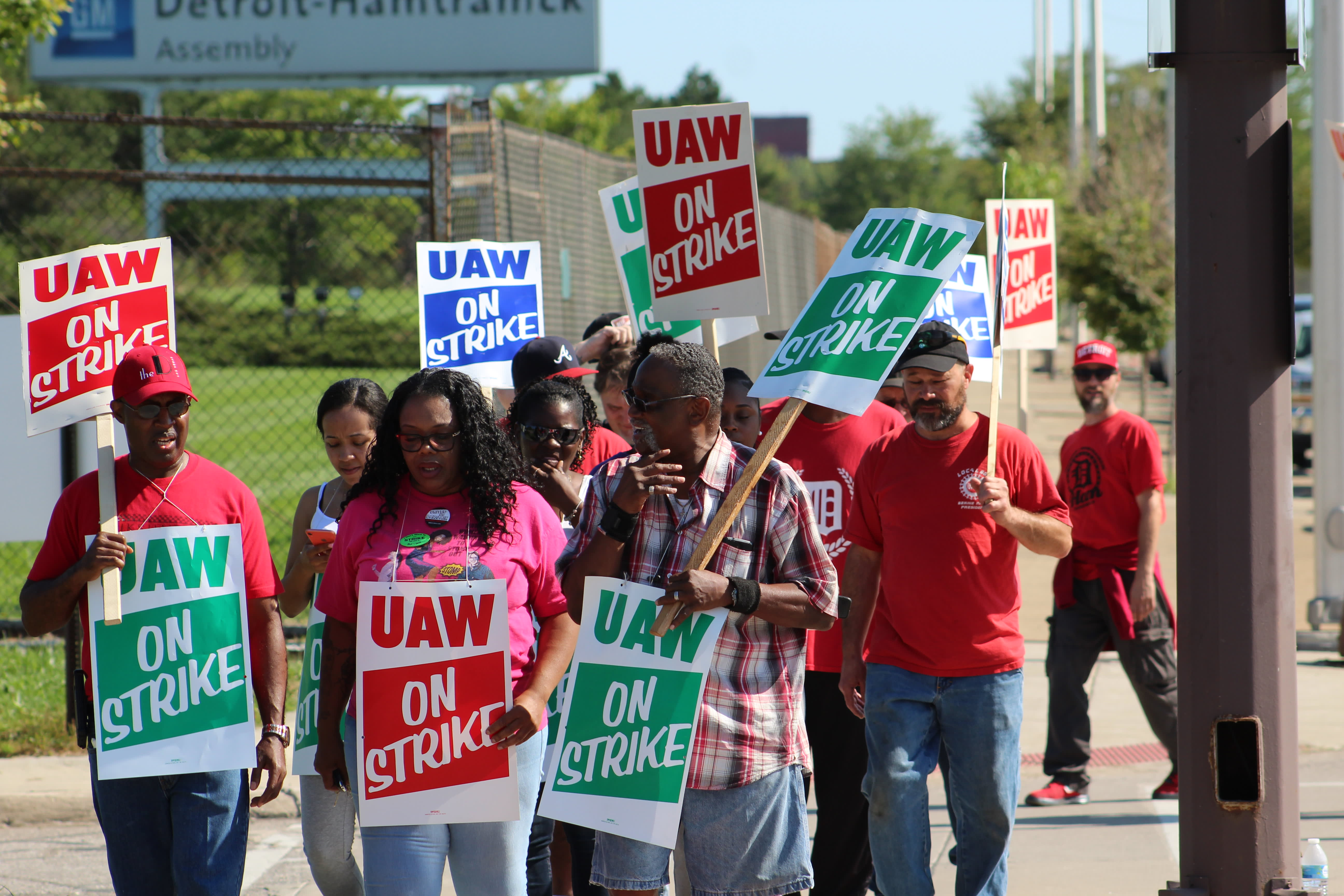 Thousands more auto workers furloughed with more layoffs coming as GM and suppliers idle plants in UAW strike