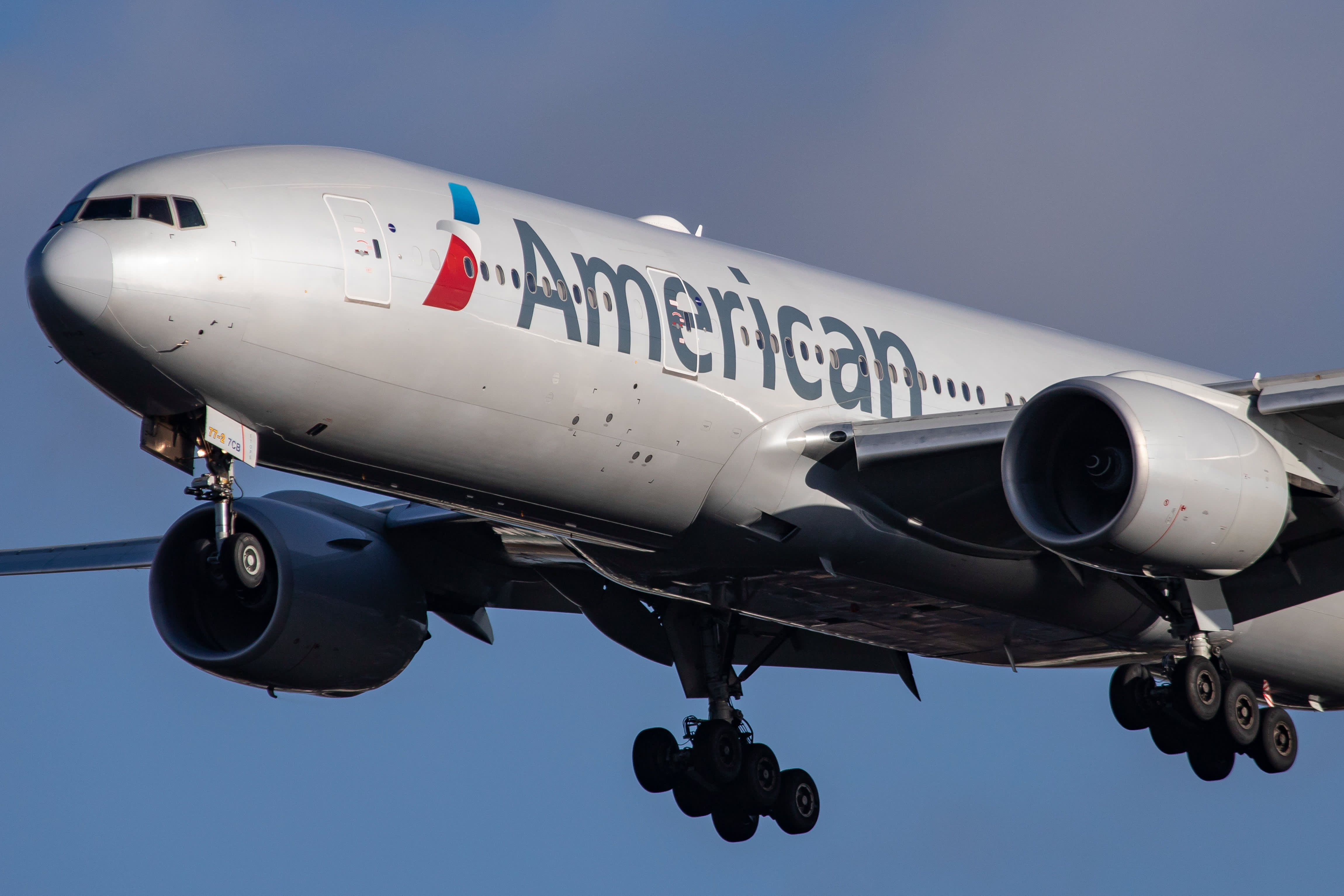 American Airlines posts slight earnings beat despite Max problems