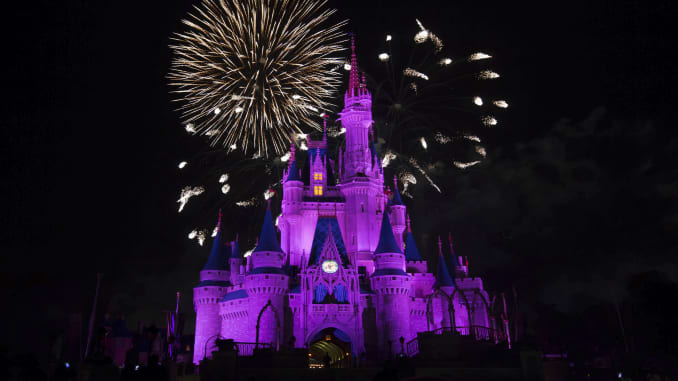 GP: Fireworks Over Cinderella's Castle at Disney's Magic Kingdom