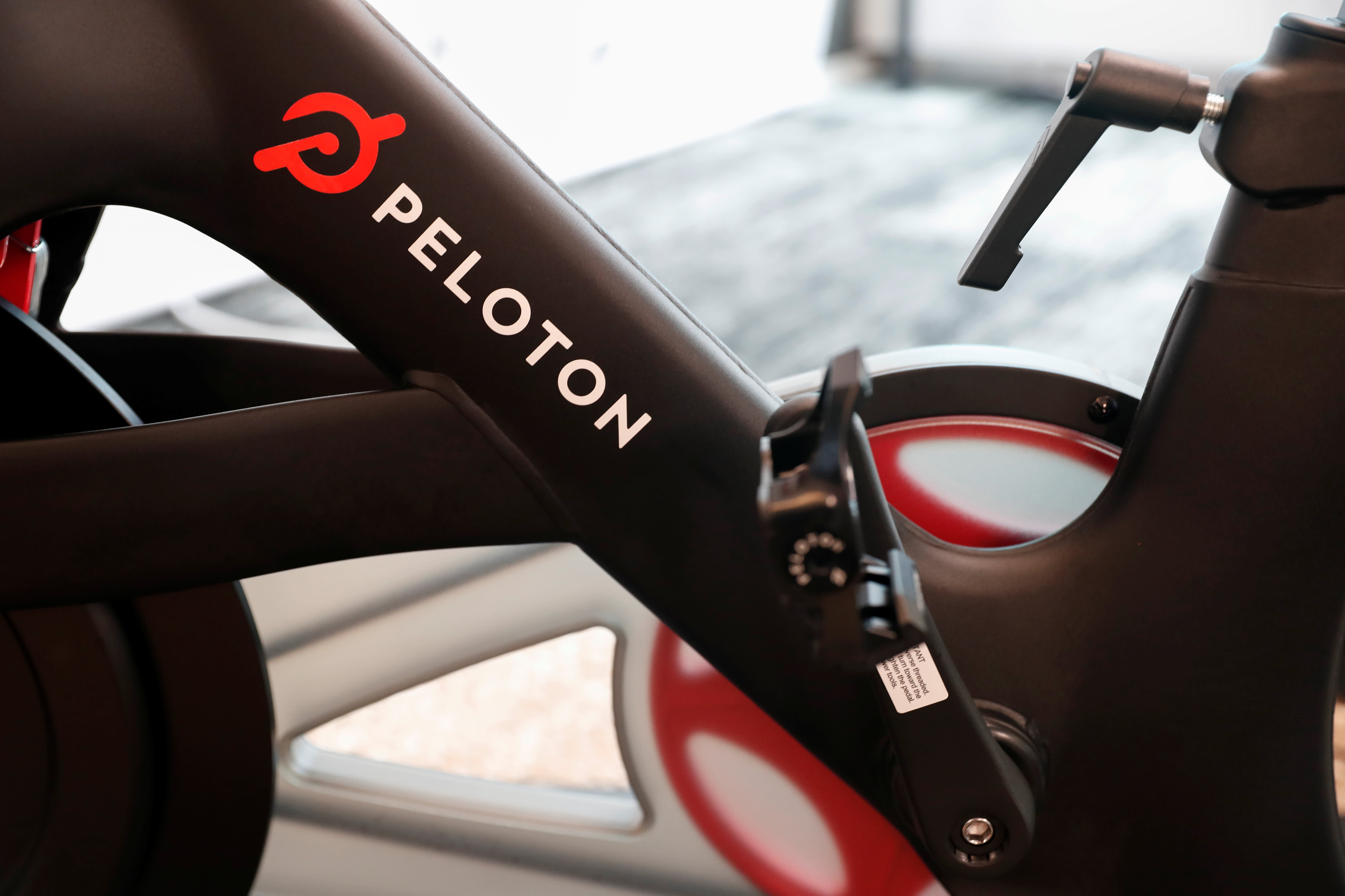 Peloton shares plunge 6% after short-seller note warns of more-affordable competition