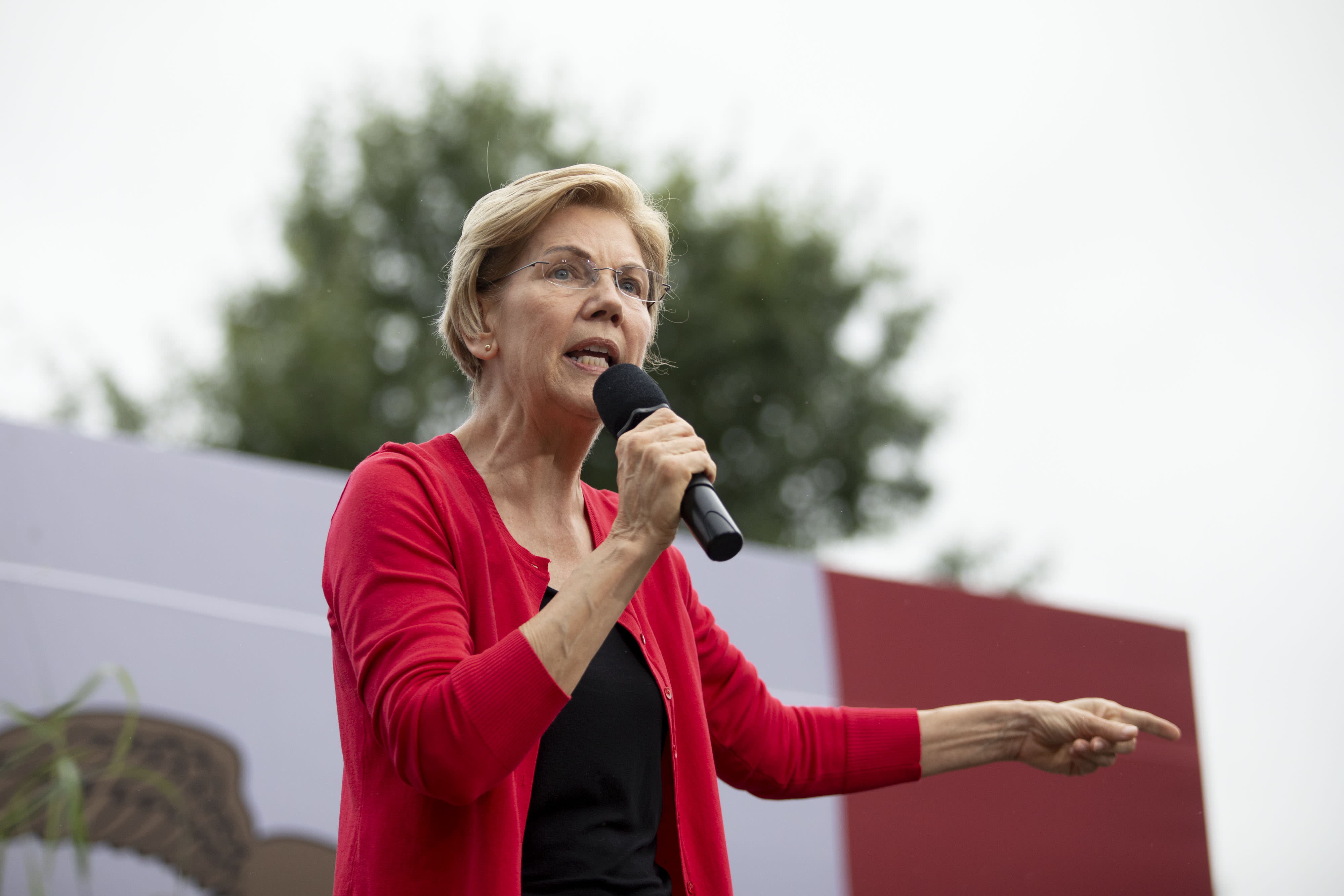 Cramer to Wall Street: 'I want to stop the fear of Sen. Warren'