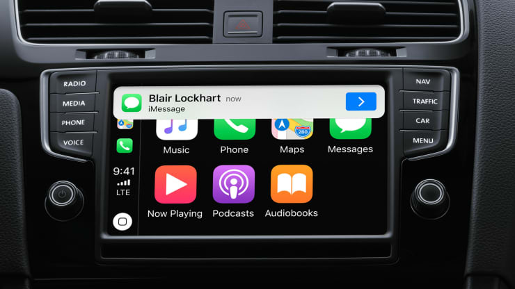CarPlay in iOS 13 lets you use your phone or your car panel to answer texts. Apple
