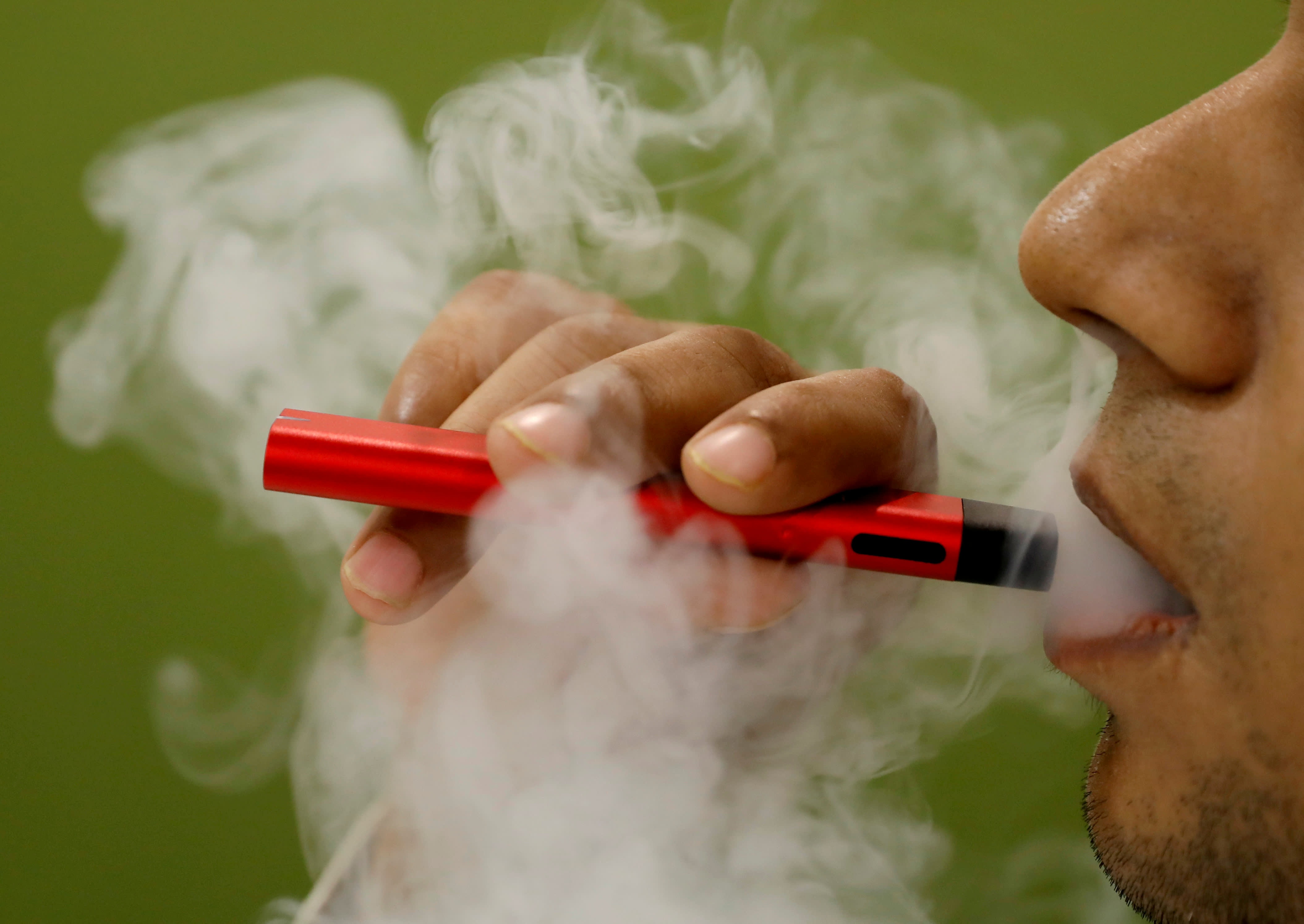 CDC says almost all vaping illness patients end up hospitalized