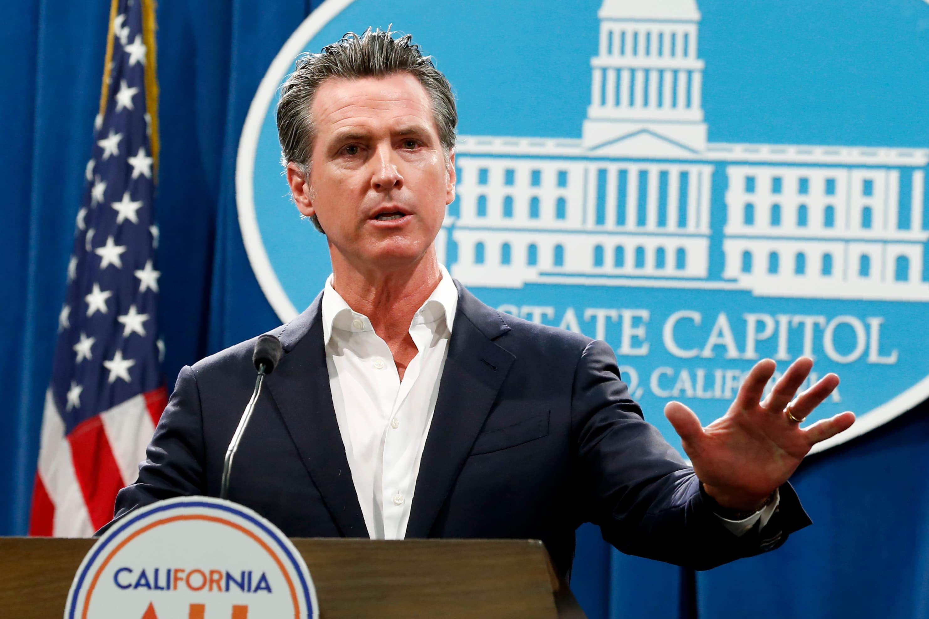 California governor calls for closure of all bars and wineries, home isolation of seniors