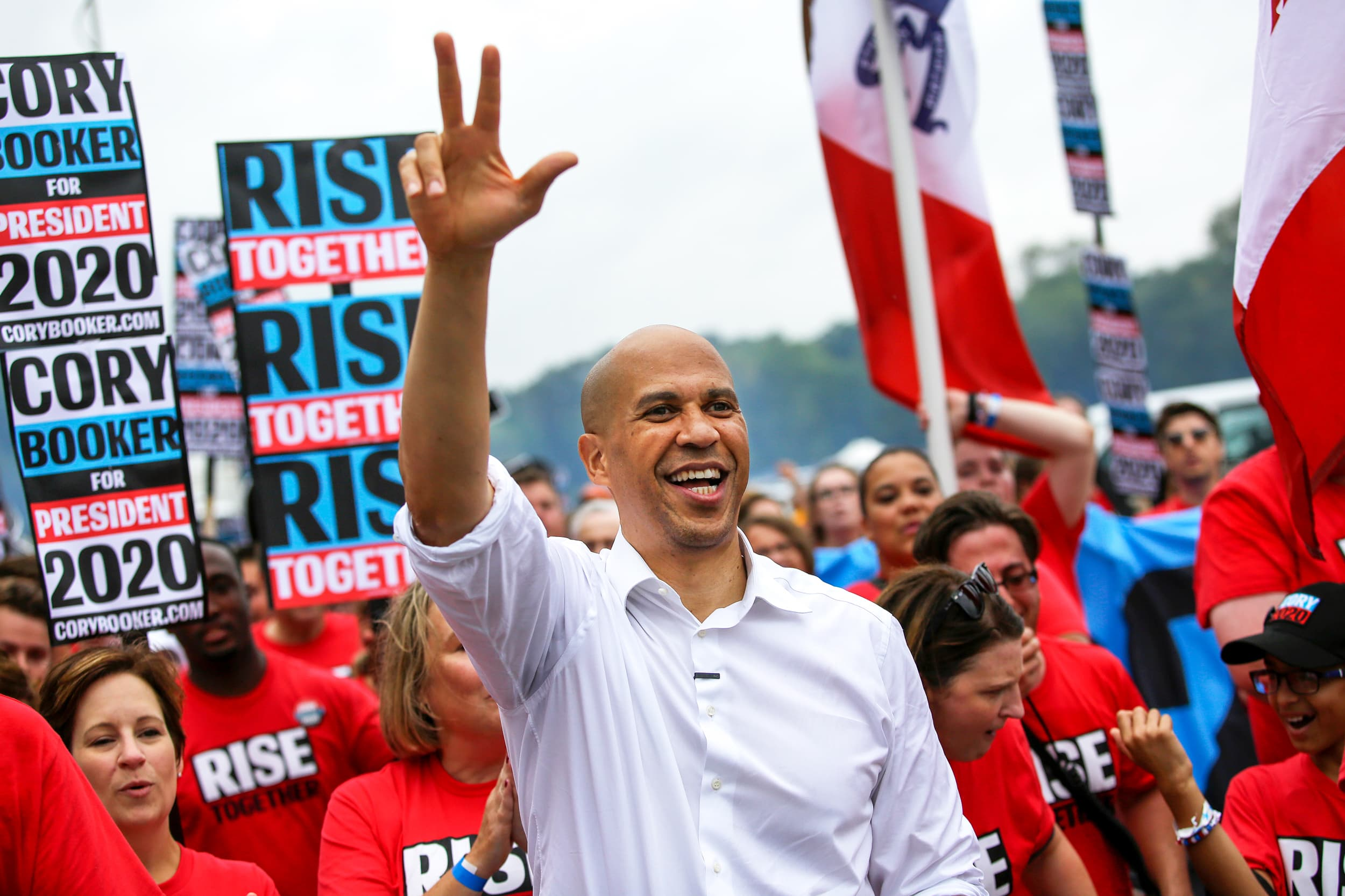 Cory Booker raises over $6 million in the third quarter after threatening to drop out of the 2020 race