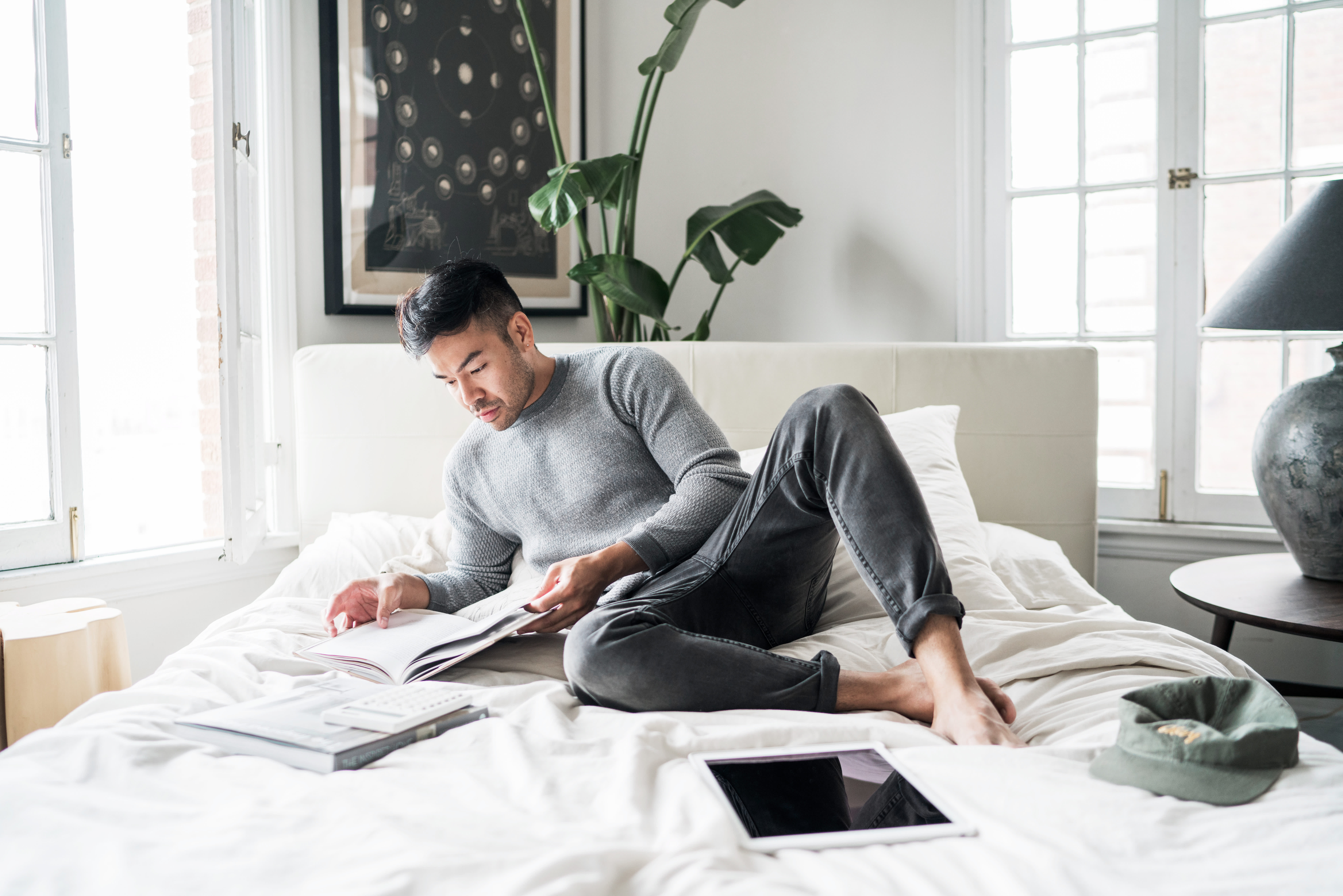 4 easy side hustles you can start right now—using just your smartphone