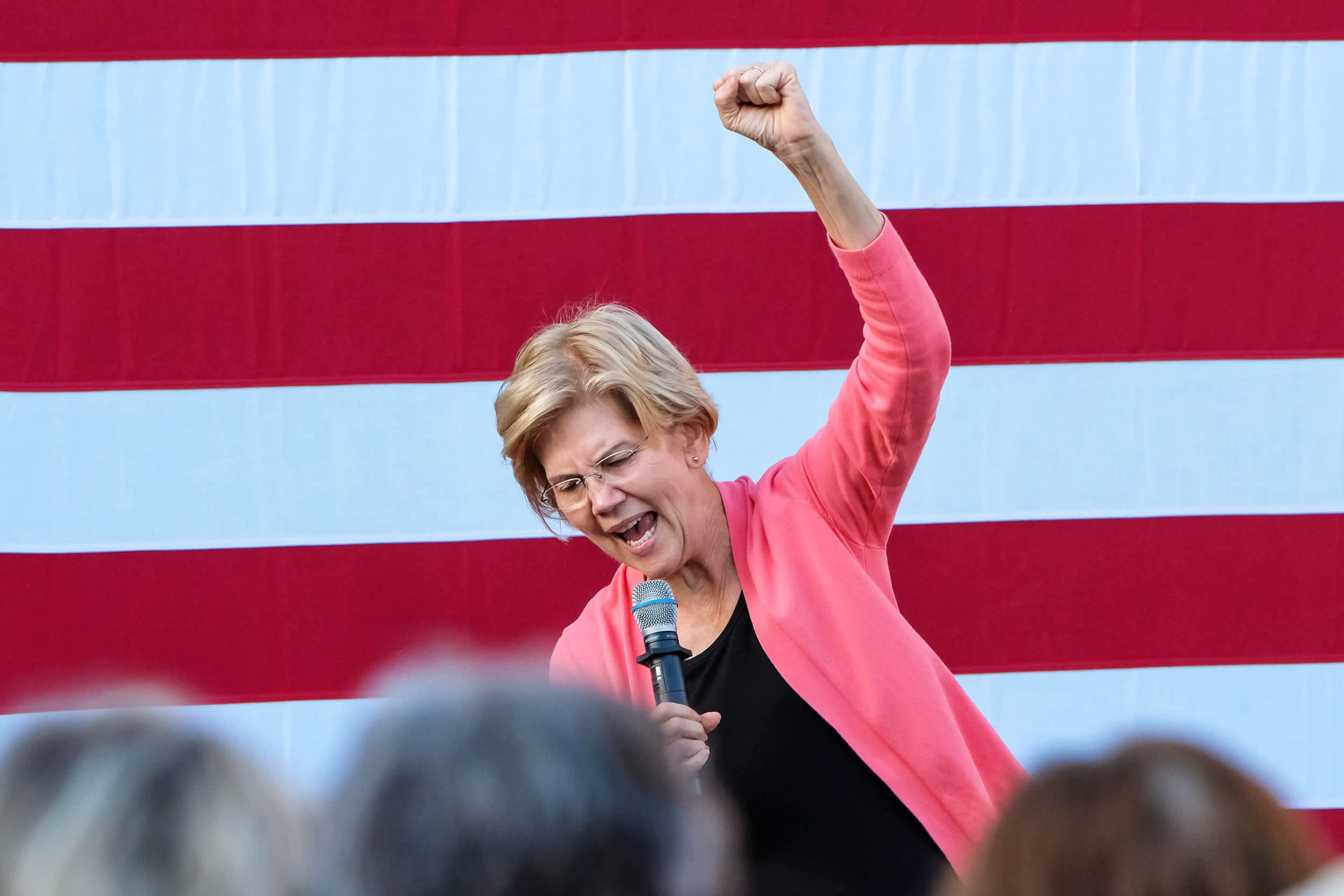 Silicon Valley donors starting to back Elizabeth Warren despite her pledge to break up Big Tech
