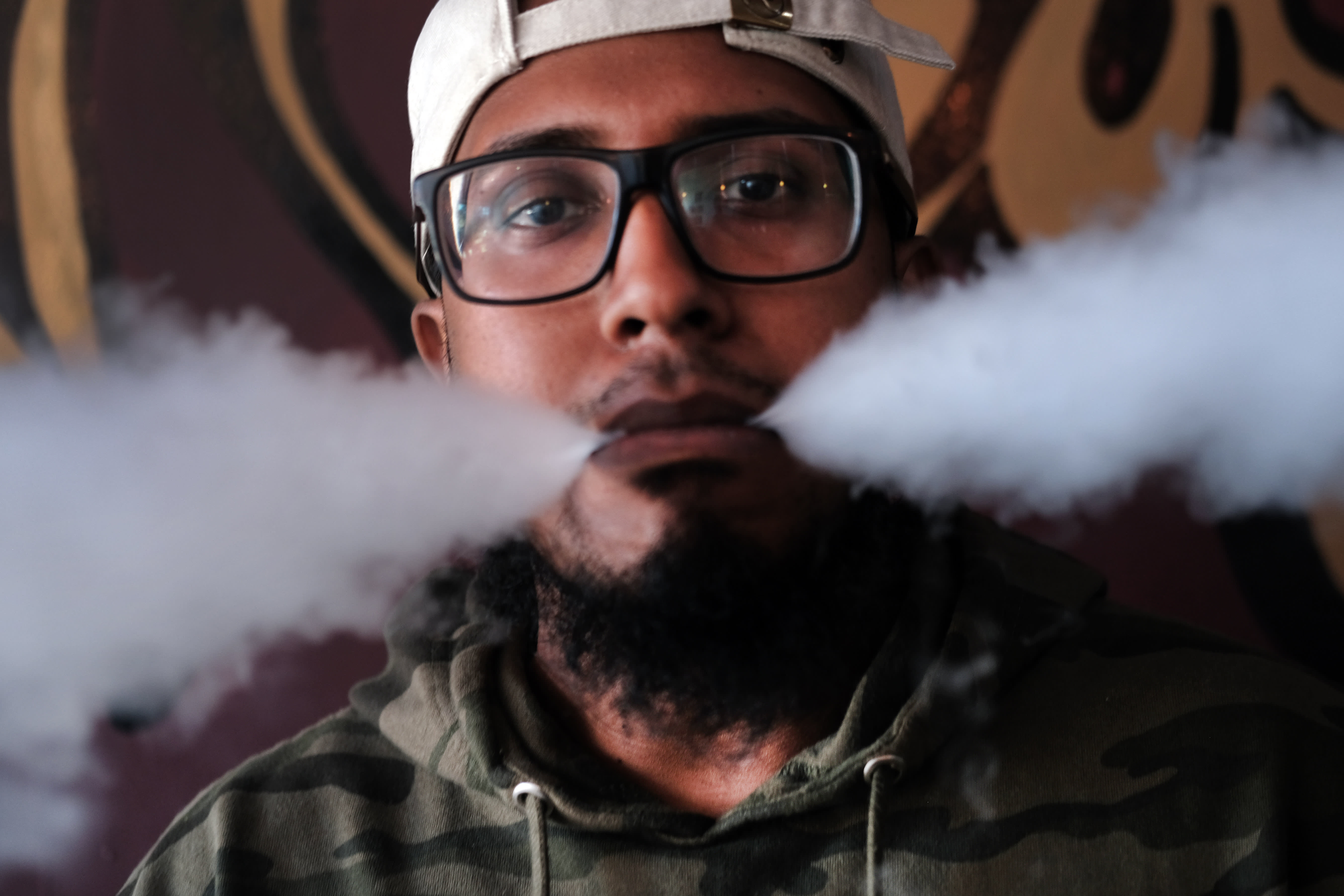 'Toxic chemical fumes,' not oils, may be causing vaping illness, Mayo Clinic researchers find