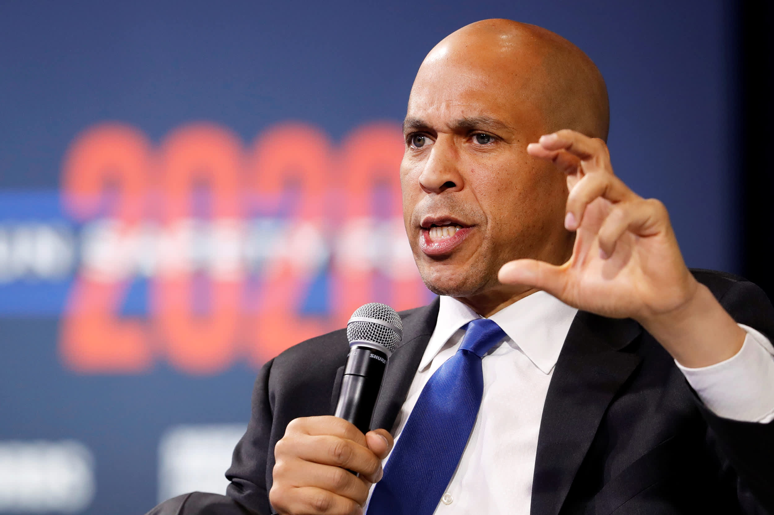 Impeachment trial could be 'big blow' to my campaign, Cory Booker says
