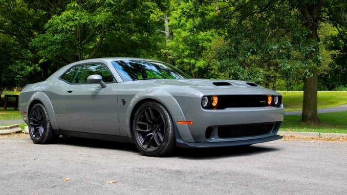 Dodge Hellcat For Sale >> Review The Dodge Challenger Srt Hellcat Redeye Is An