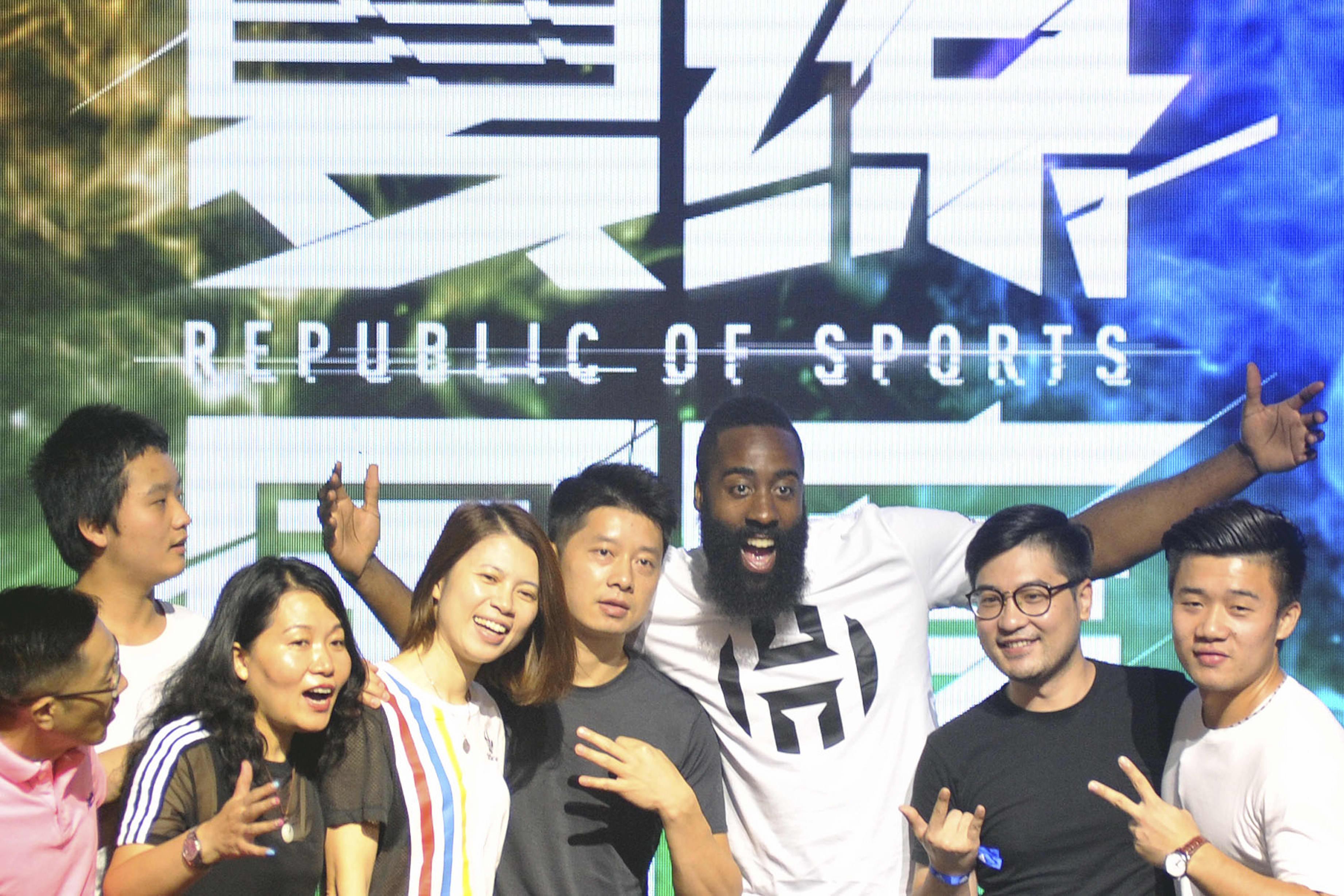 Senators pile on the NBA for yielding to China over Rockets GM Daryl Morey's pro-Hong Kong tweet