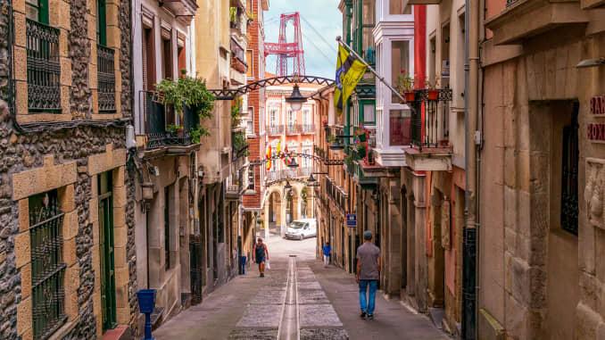 H/O: Airbnb trending 2020 Spain