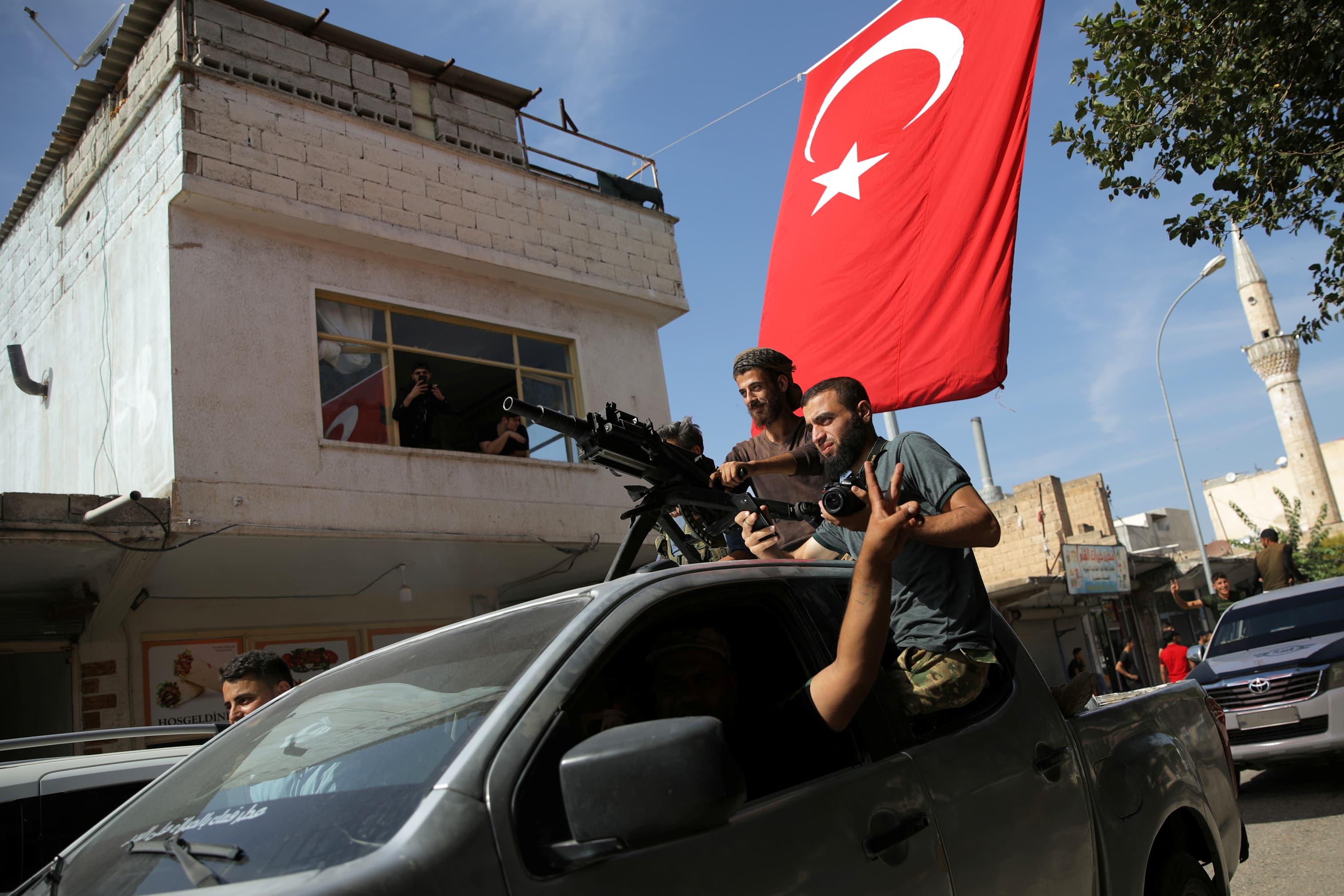 Turkish lira rises as markets don't take Trump's tariff threats seriously