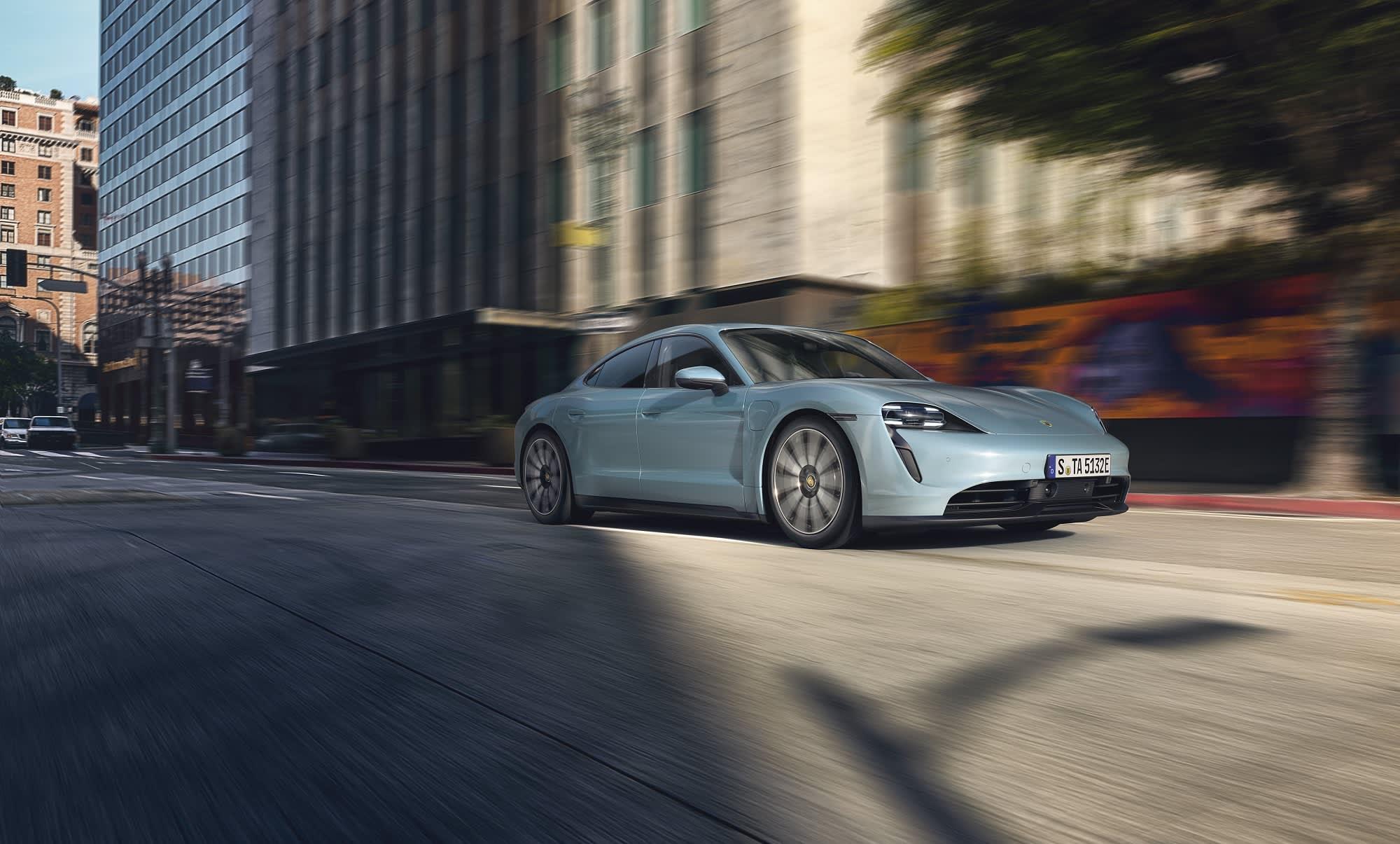 Photos Porsche\u0027s less expensive all,electric Taycan sports car