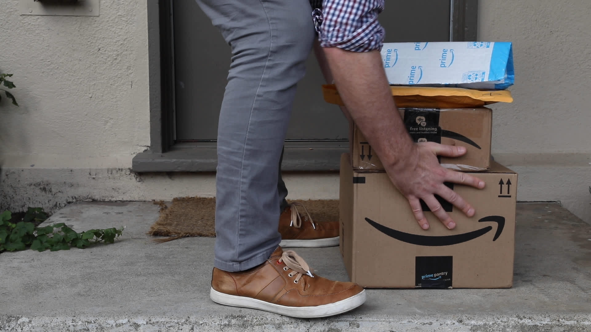 How Amazon is redefining the expensive and wasteful process of returns