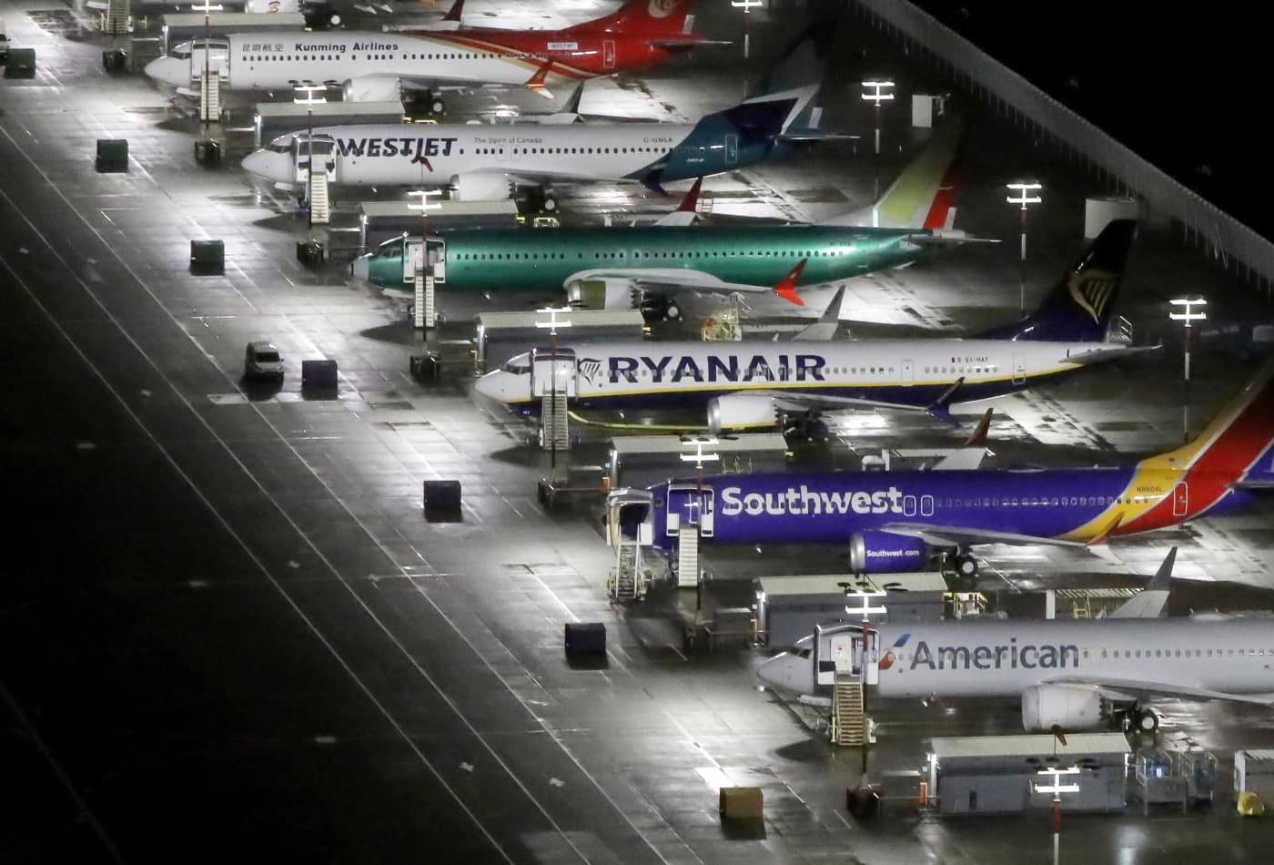 Boeing will suspend 737 Max production in January