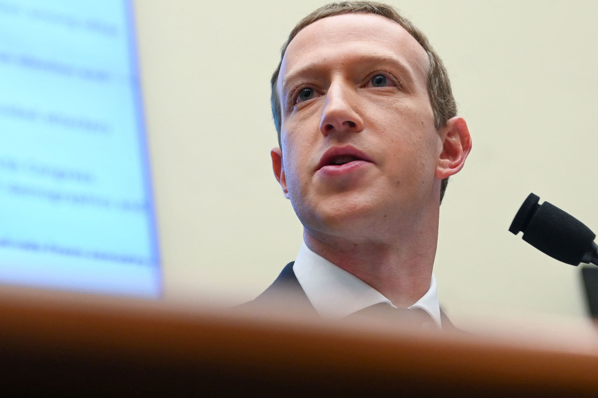 Zuckerberg outlines how Facebook will thrive after Apple privacy change – CNBC