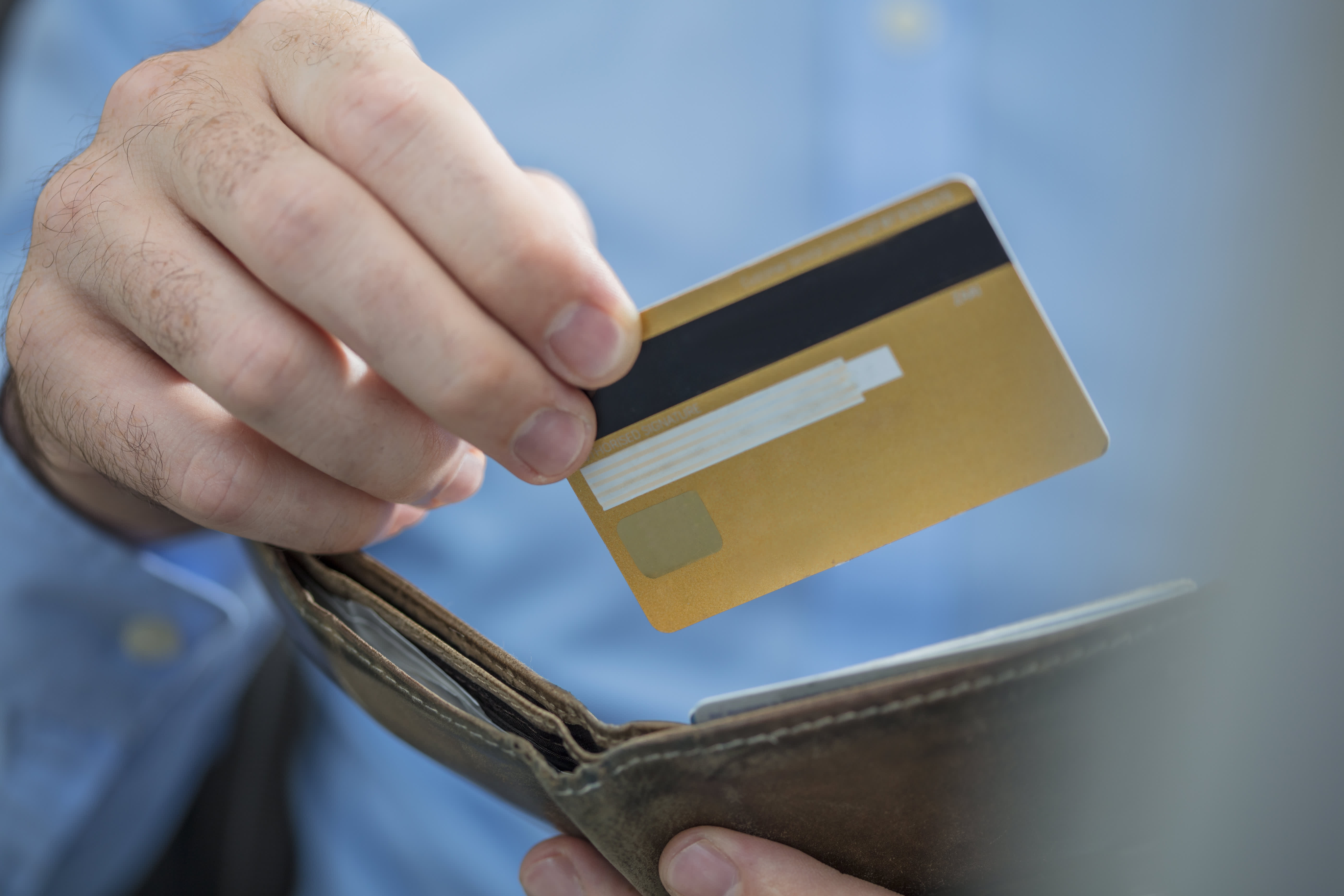 Как взять деньги в долг теле 2 симка