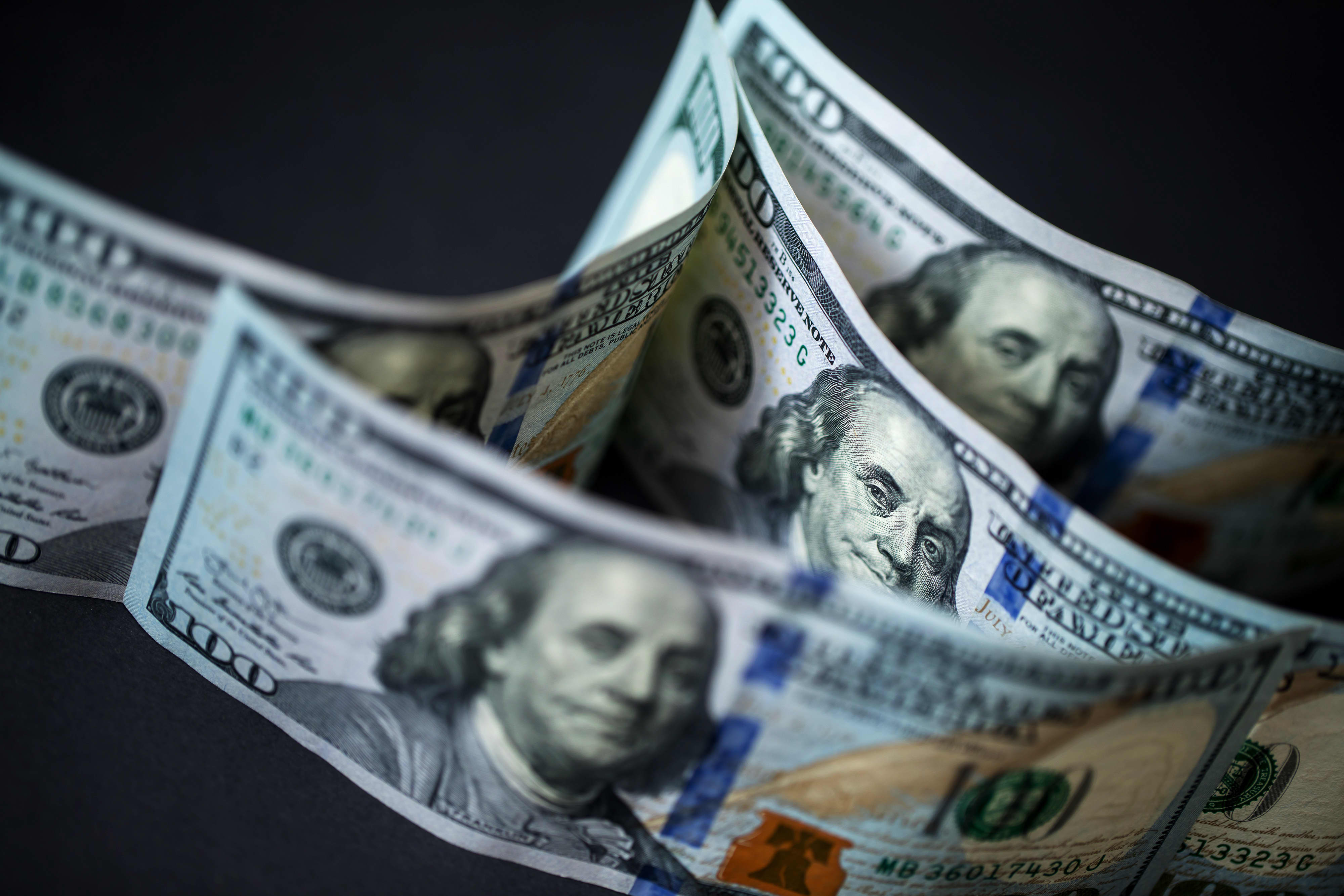 Global economy, euro, US dollar in focus