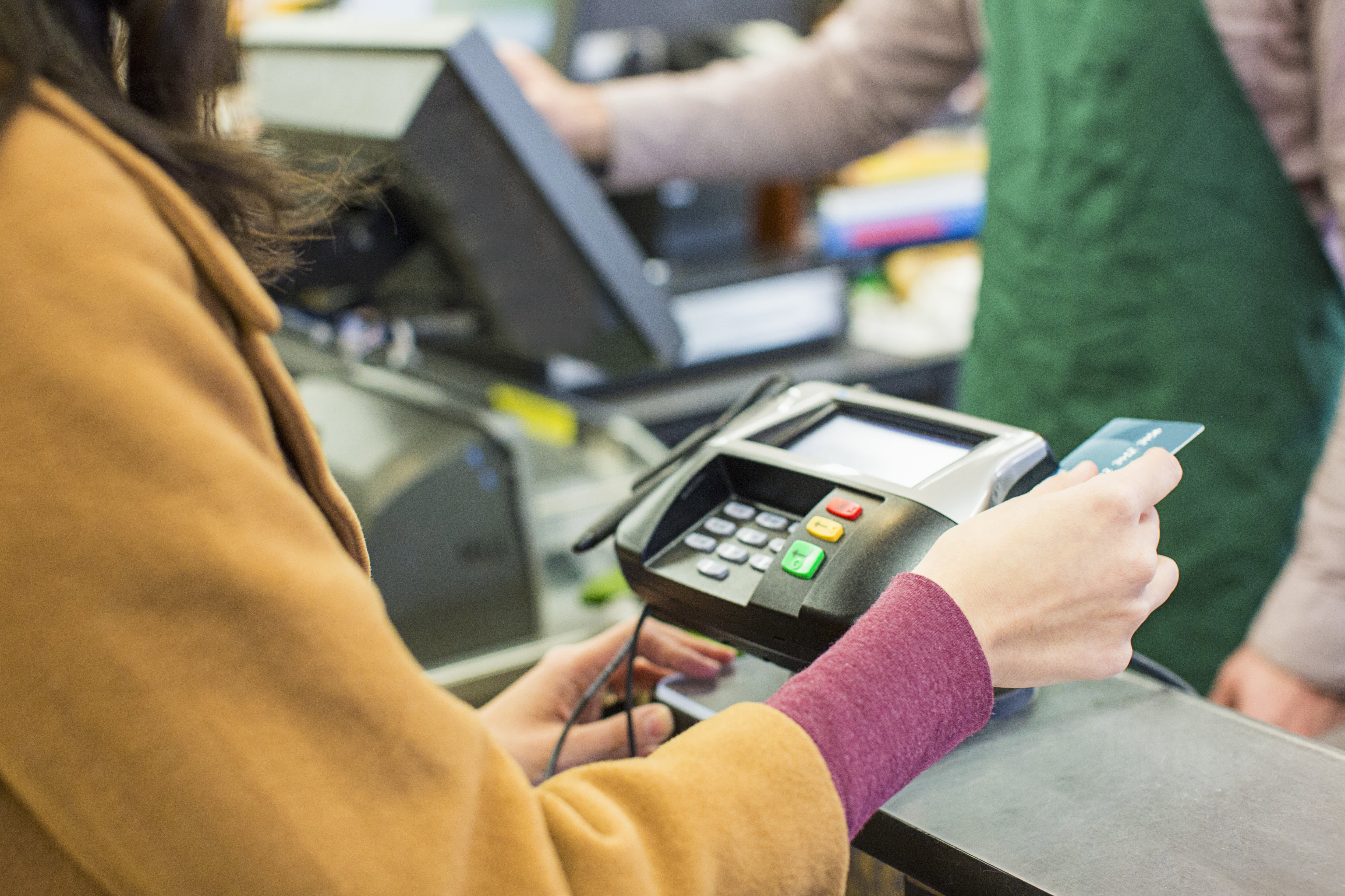 3 expensive mistakes people frequently make with their store credit cards