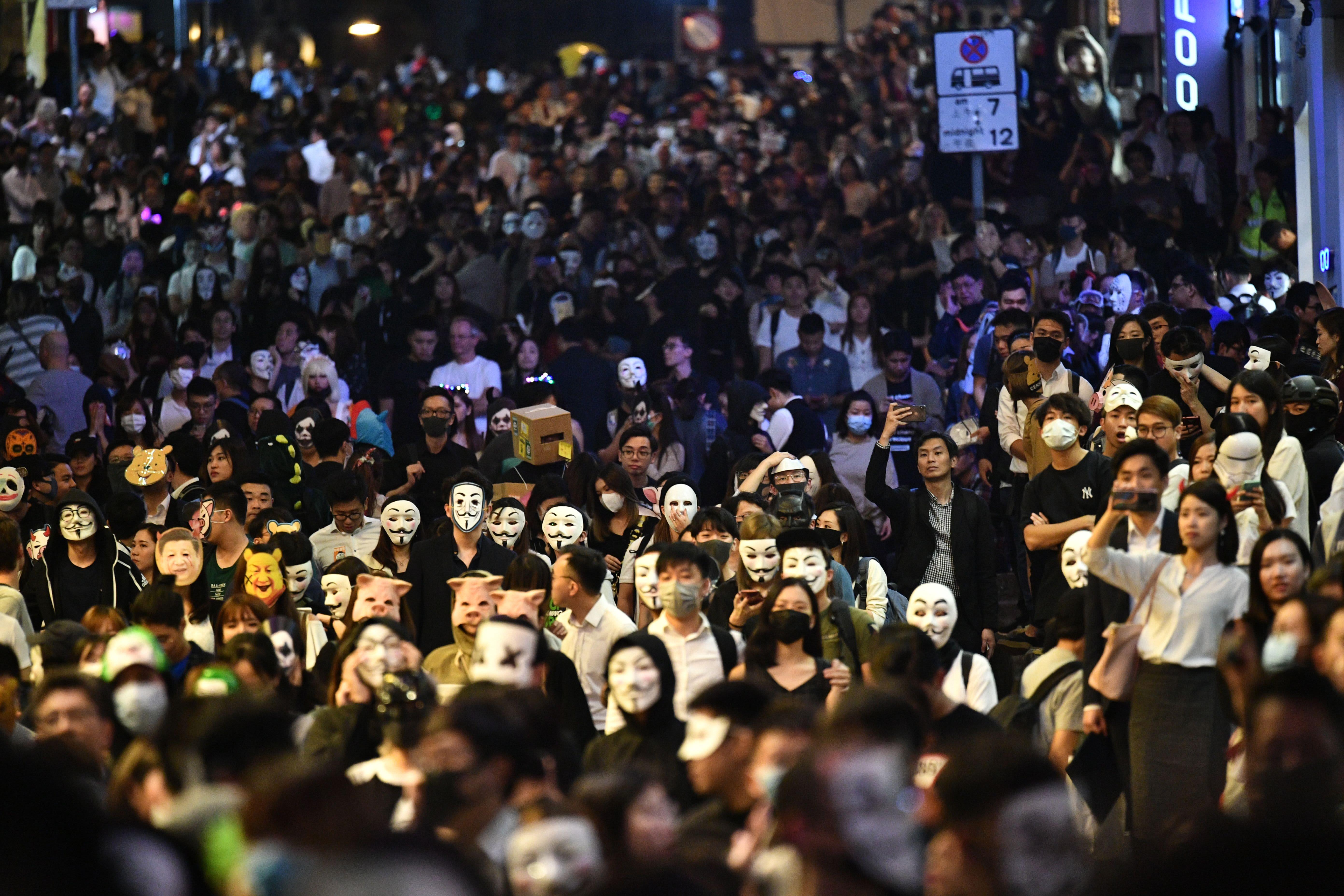 Hong Kong just entered a recession. Experts say economy will 'remain weak' amid protests, trade war