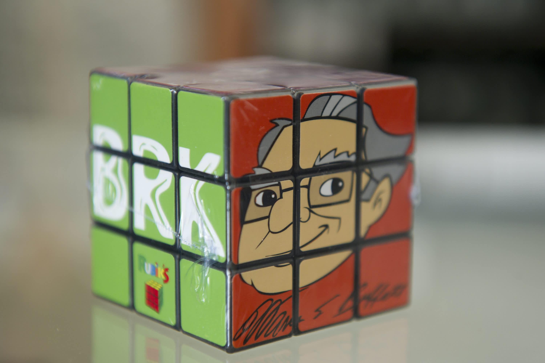 Warren Buffett's big Berkshire Hathaway cash puzzle is getting more complicated