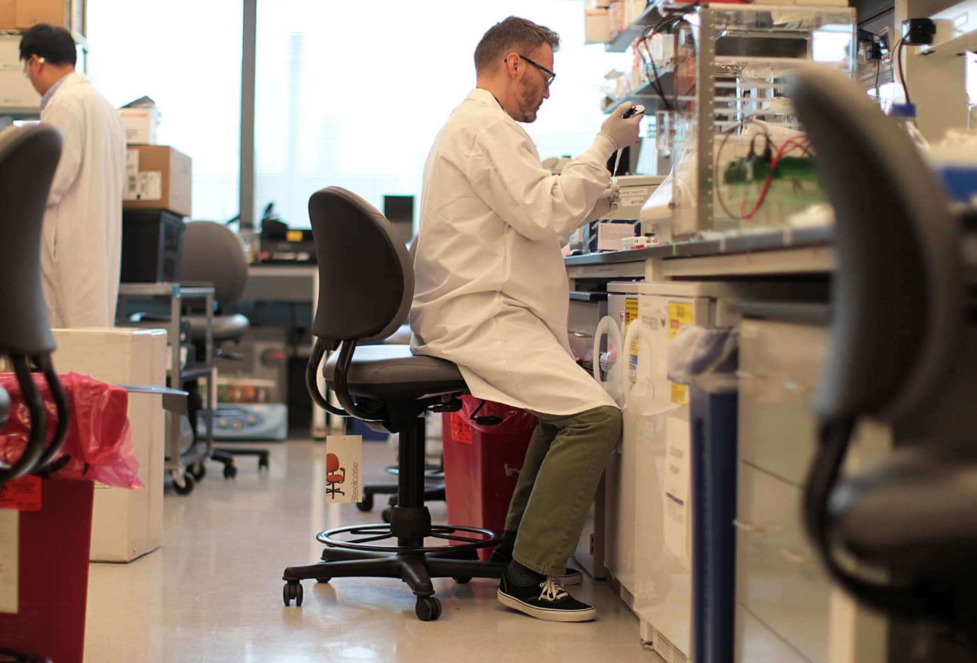 Biogen's potentially game-changing Alzheimer's drug still faces an uphill battle with the FDA
