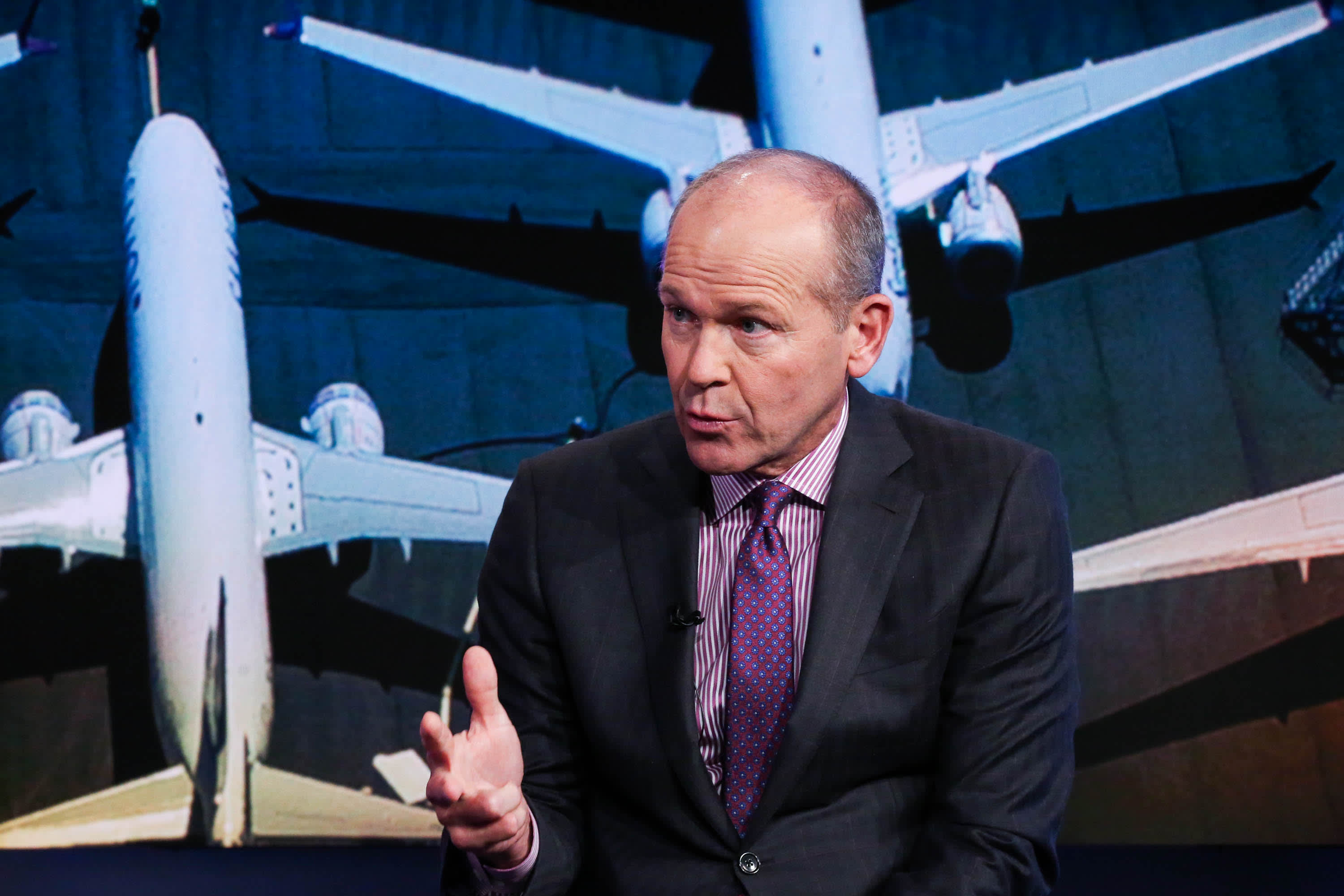 Boeing CEO sees passenger levels under 25% in September, pain for airlines