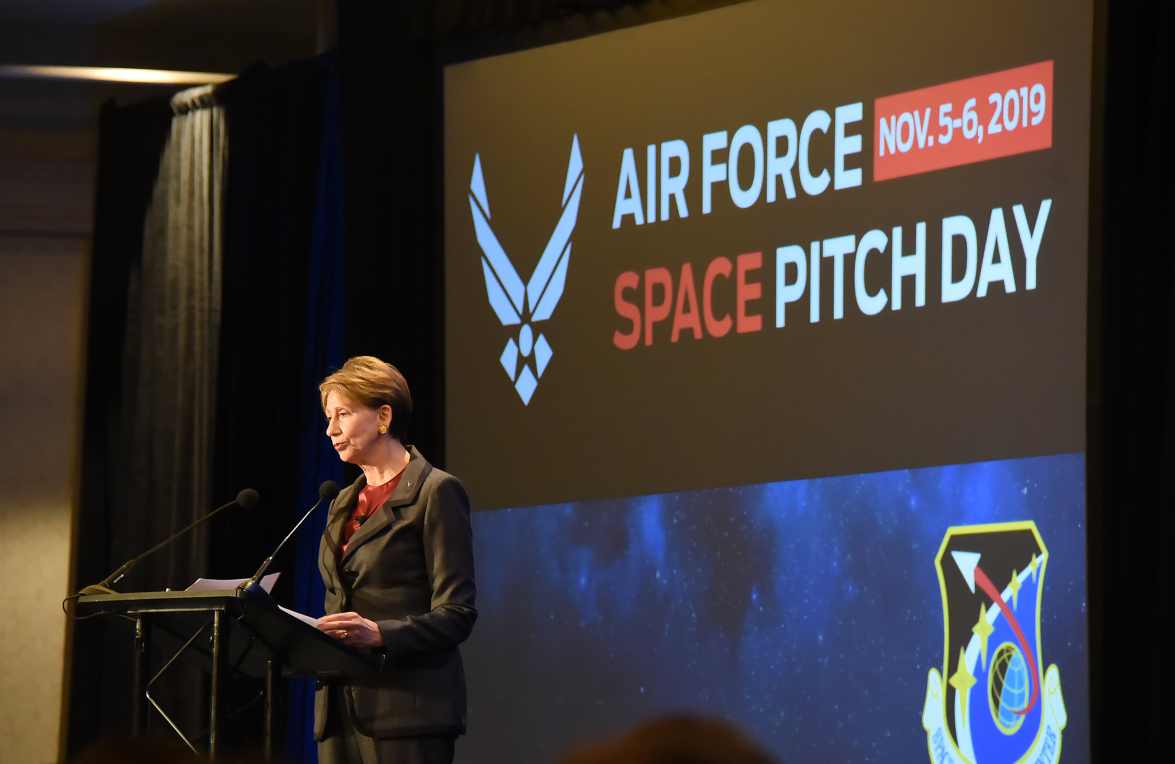 In break from typical contract process, Air Force awards more than $20 million from hotel ballroom