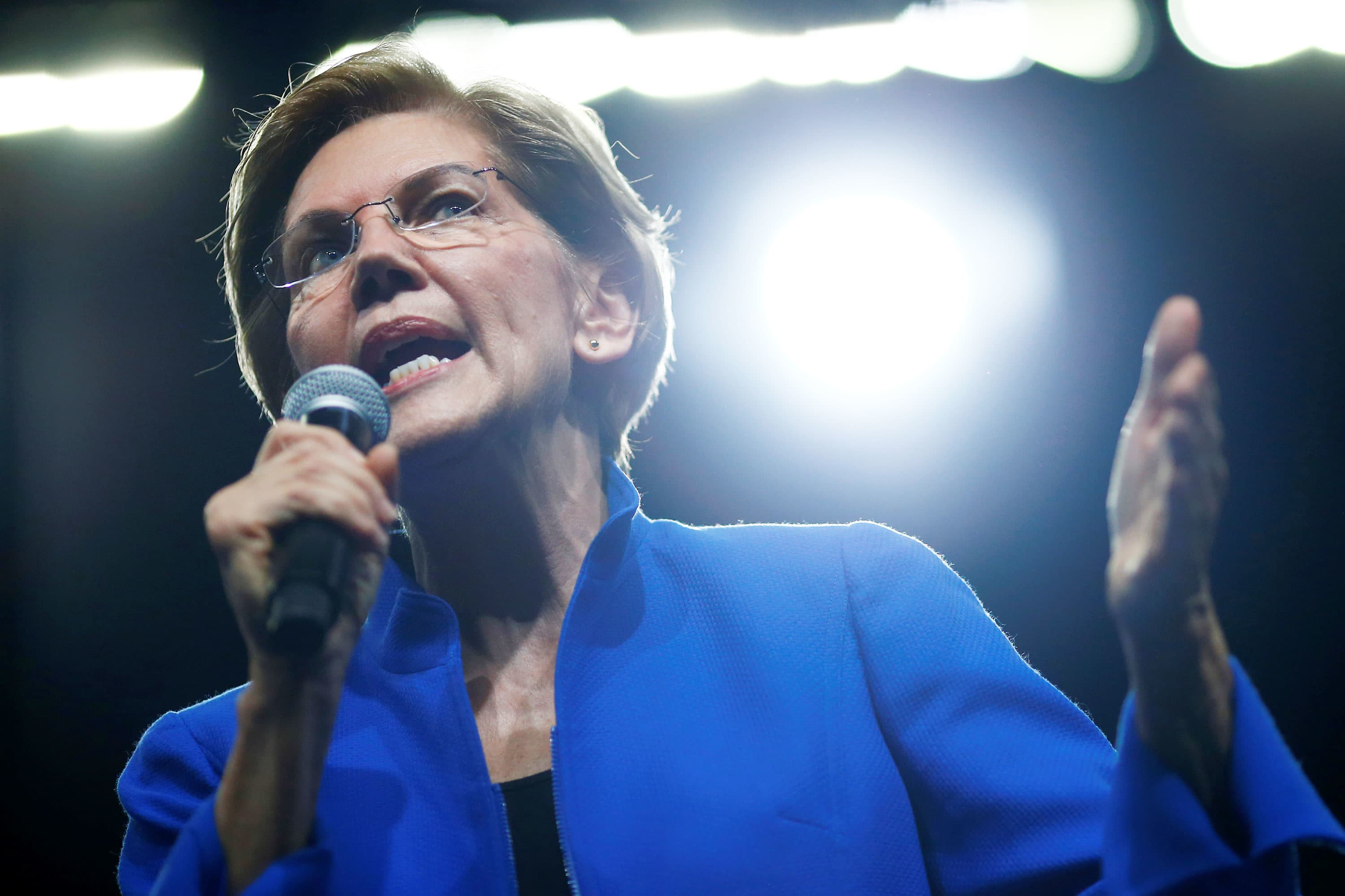 Elizabeth Warren buys CNBC commercial time to blast billionaires in a fiery new campaign ad