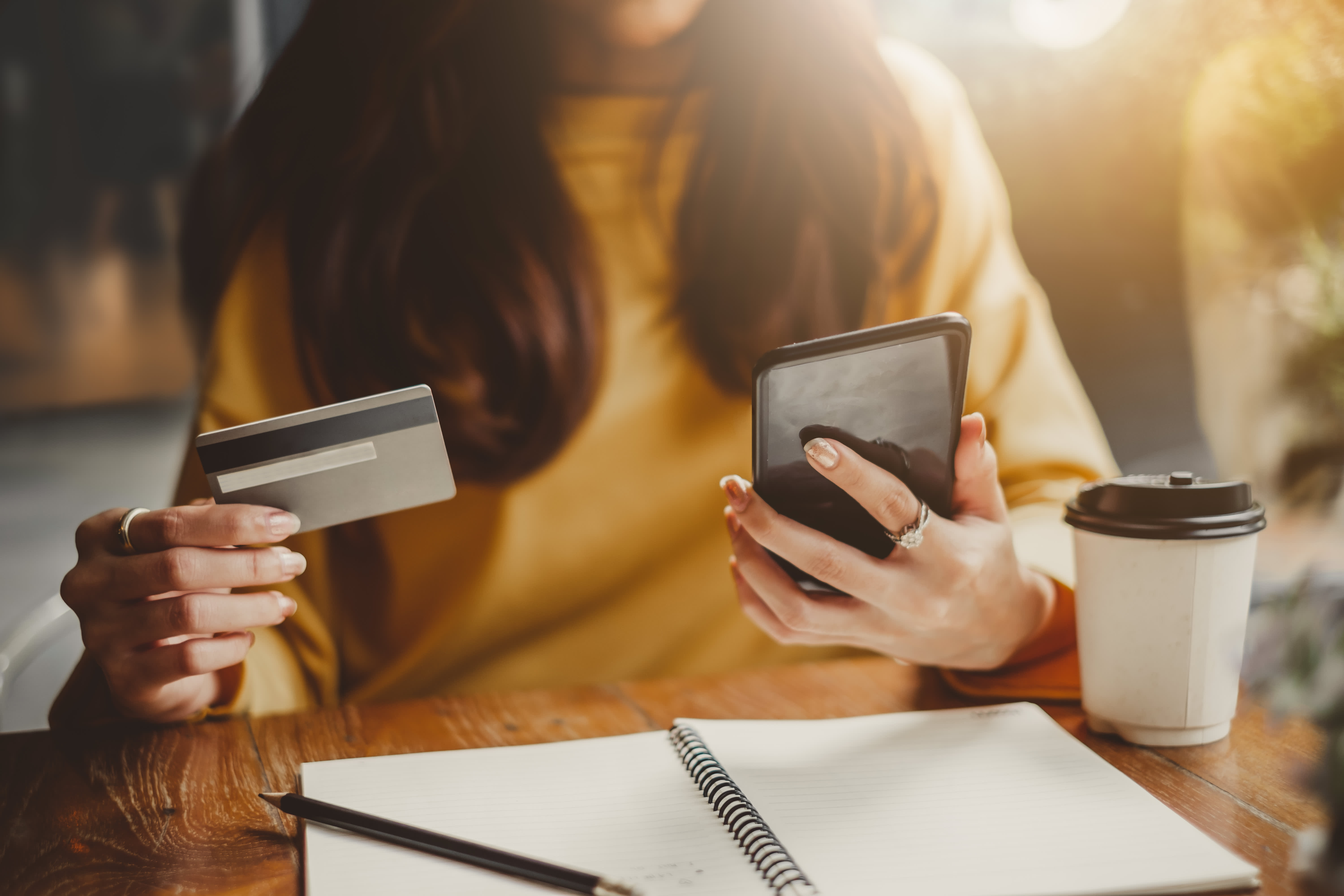 5 tips to make sure you don't overspend on your credit card
